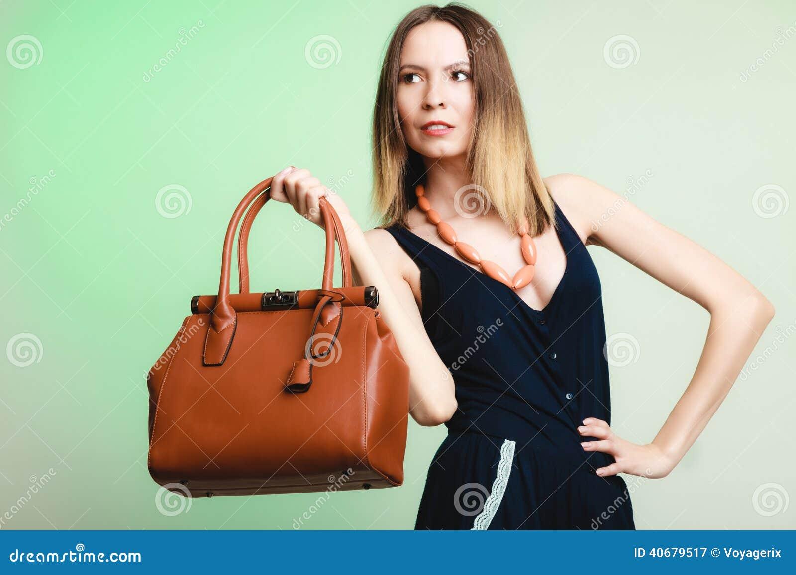 Mujer Archivo De Elegante El Con Imagen Moda La Cuero Bolso 44rzqwx5C