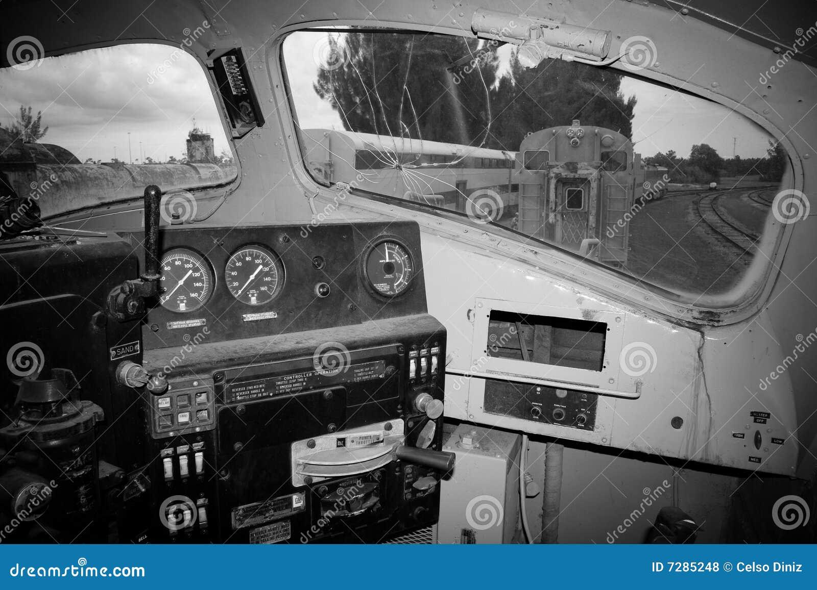 Interior de la locomotora vieja