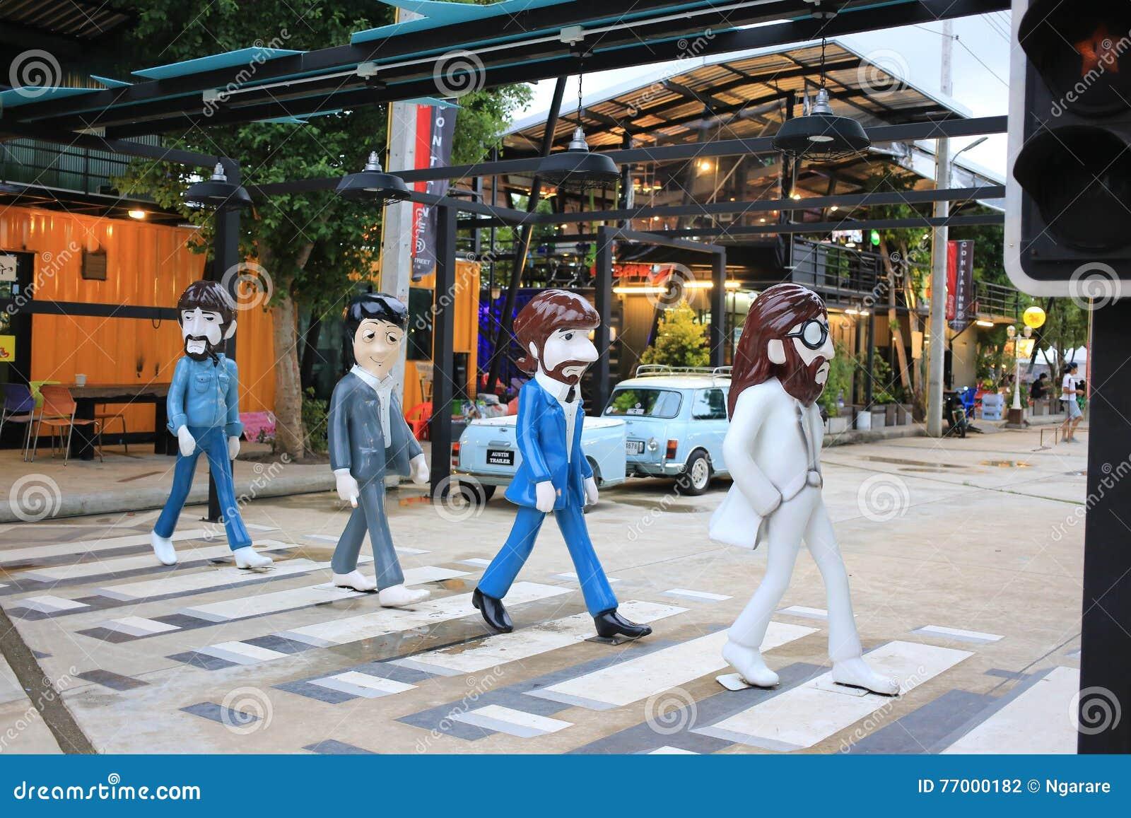 Er Fiberglas-Statue Beatles Abbey Road Zebrastreifen Redaktionelles ...