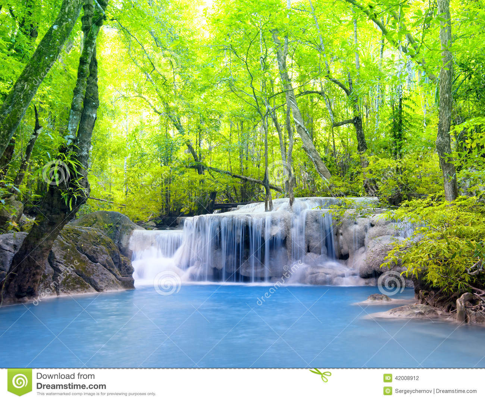 Erawan водопад Таиланда красивейшая природа
