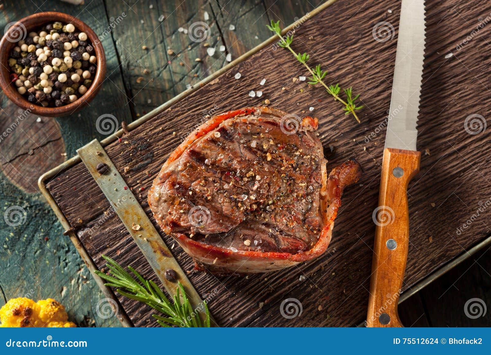 Erba organica Fed Bacon Wrapped Sirloin Steak