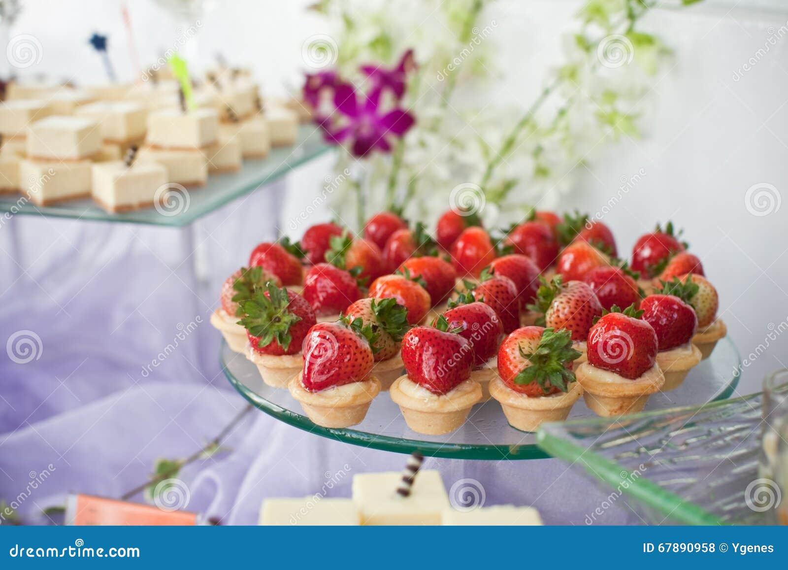 Erdbeere Canapé