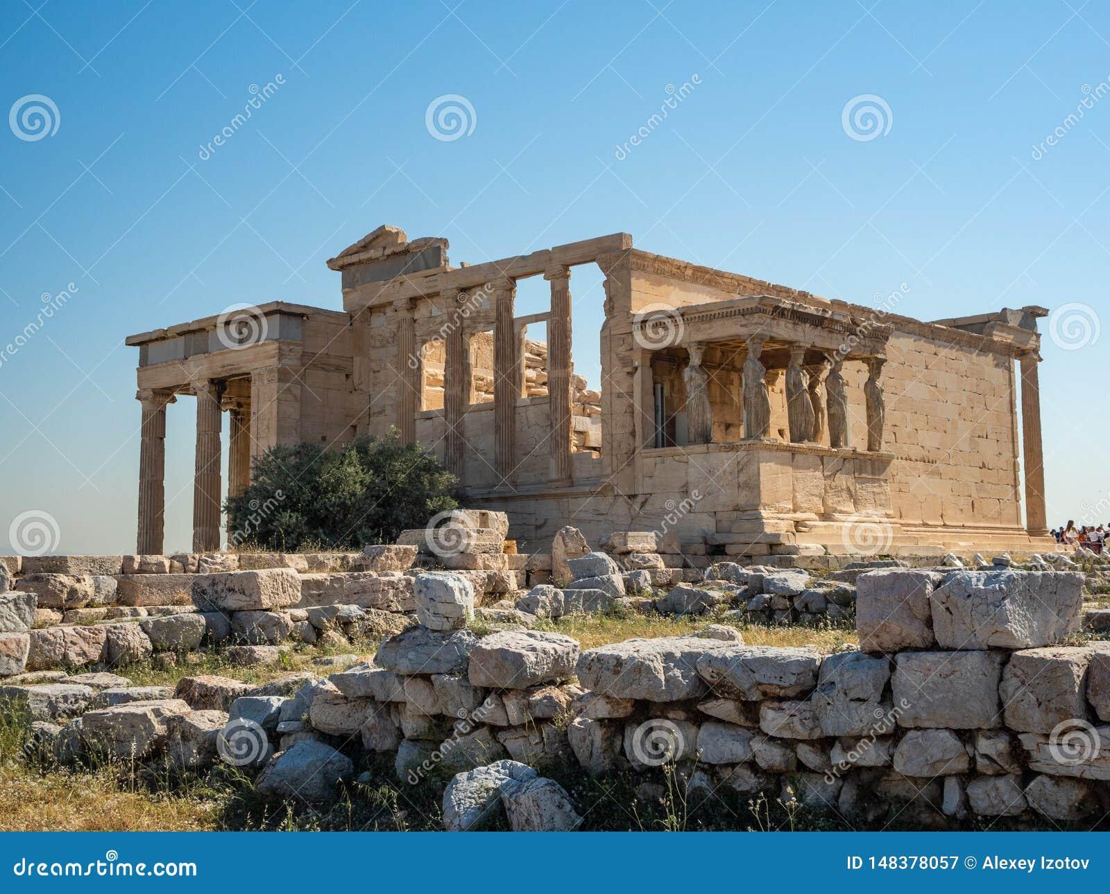 Erechtheion - un temple du grec ancien avec un portique et six cariatides, construits en l honneur d Ath?nes et de Poseidon, la G