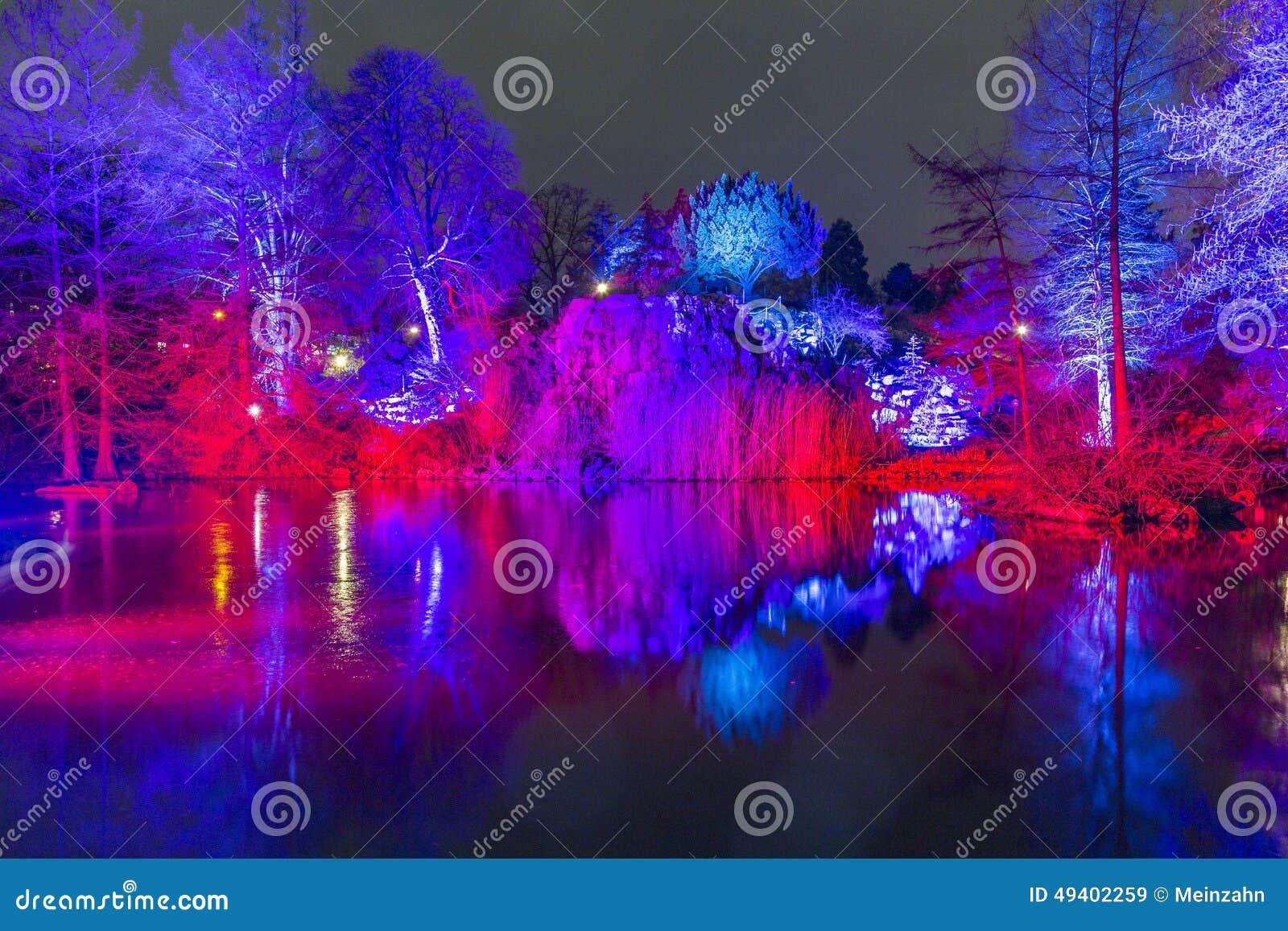 Download Ereignis Winterlichter Im Palmgarden Redaktionelles Stockbild - Bild von fassade, freude: 49402259