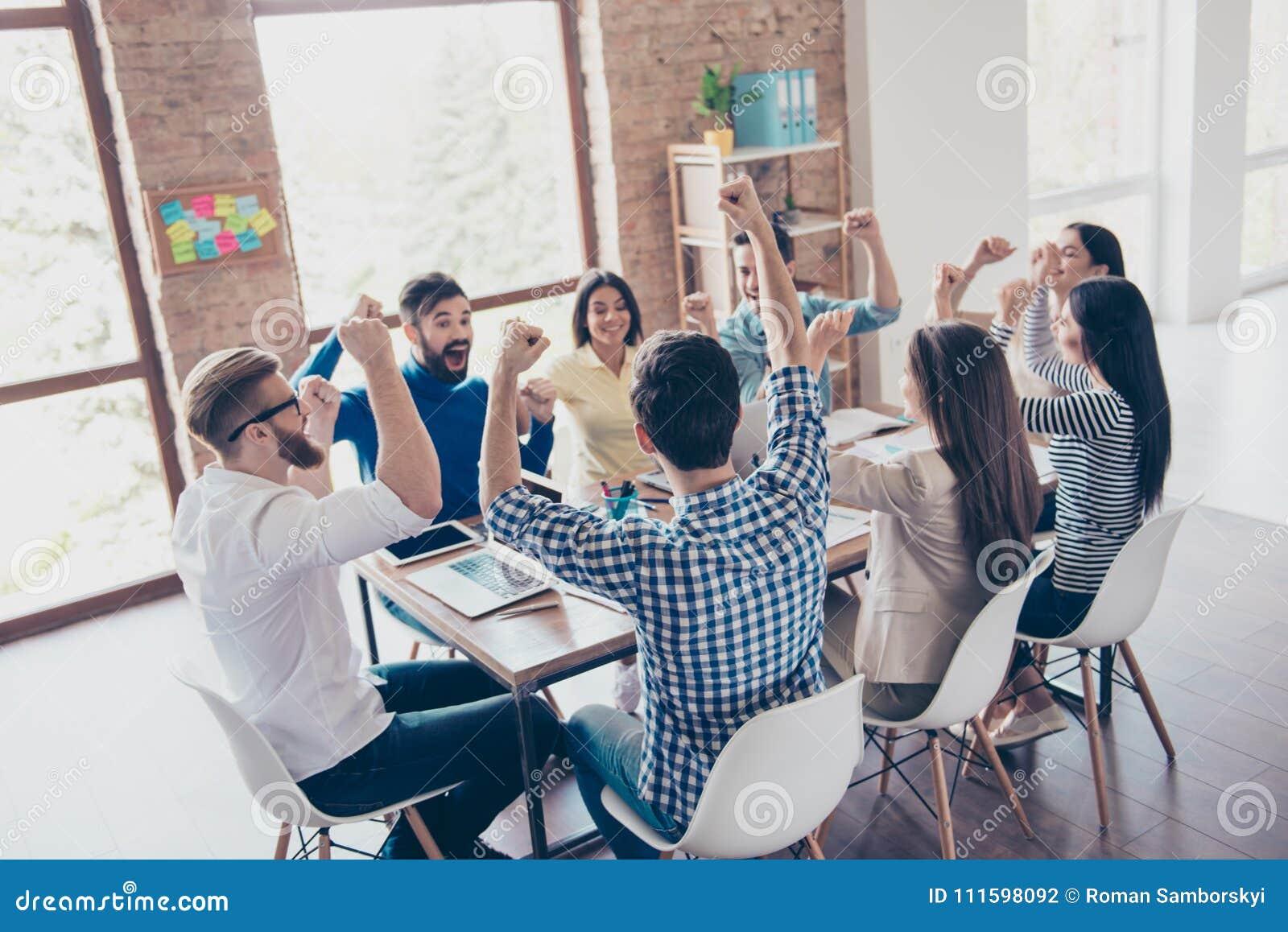 Erfolg und Teamarbeitskonzept Team von Teilhabern mit Ra