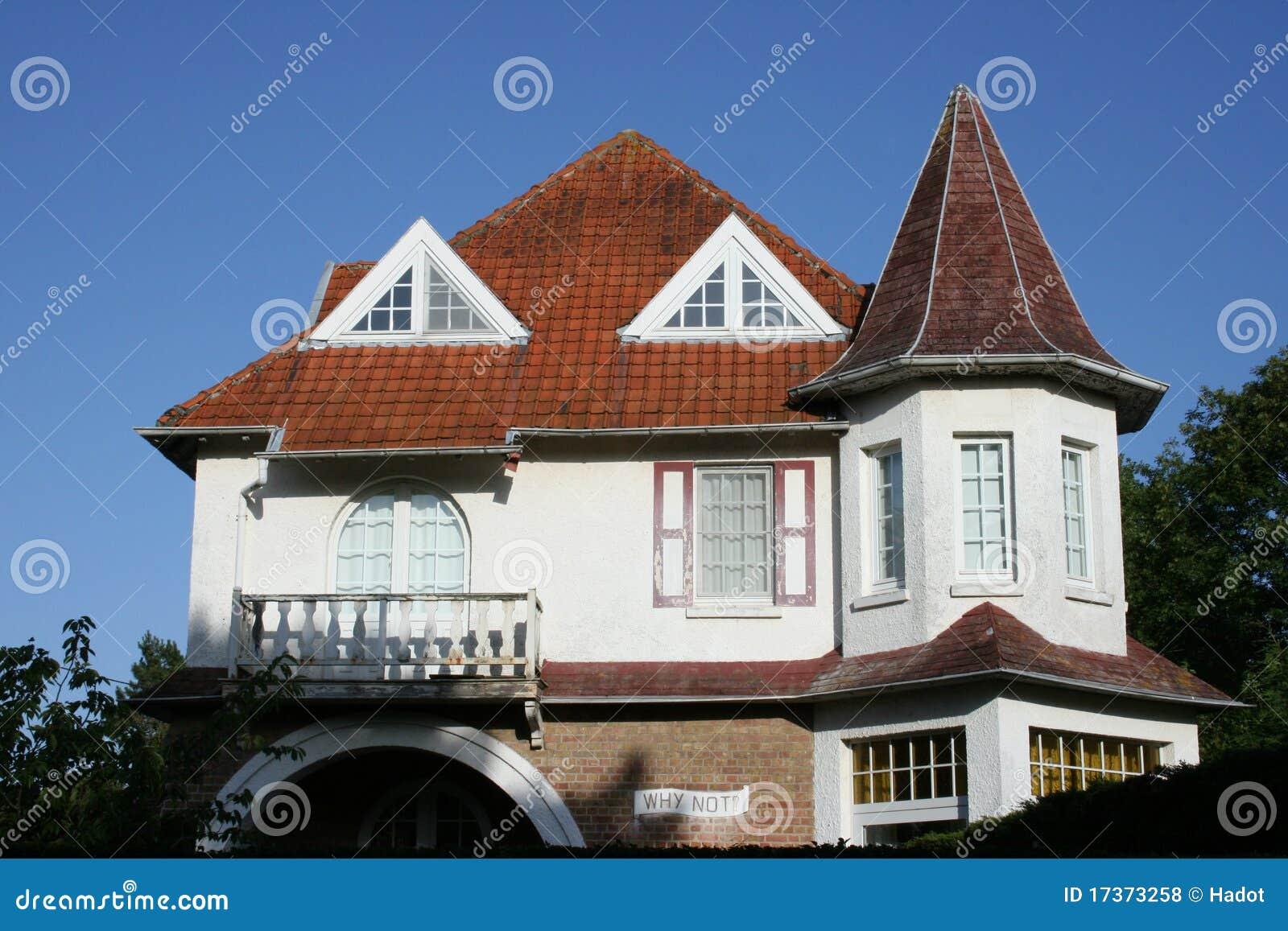 erker haus lizenzfreie stockfotos bild 17373258. Black Bedroom Furniture Sets. Home Design Ideas