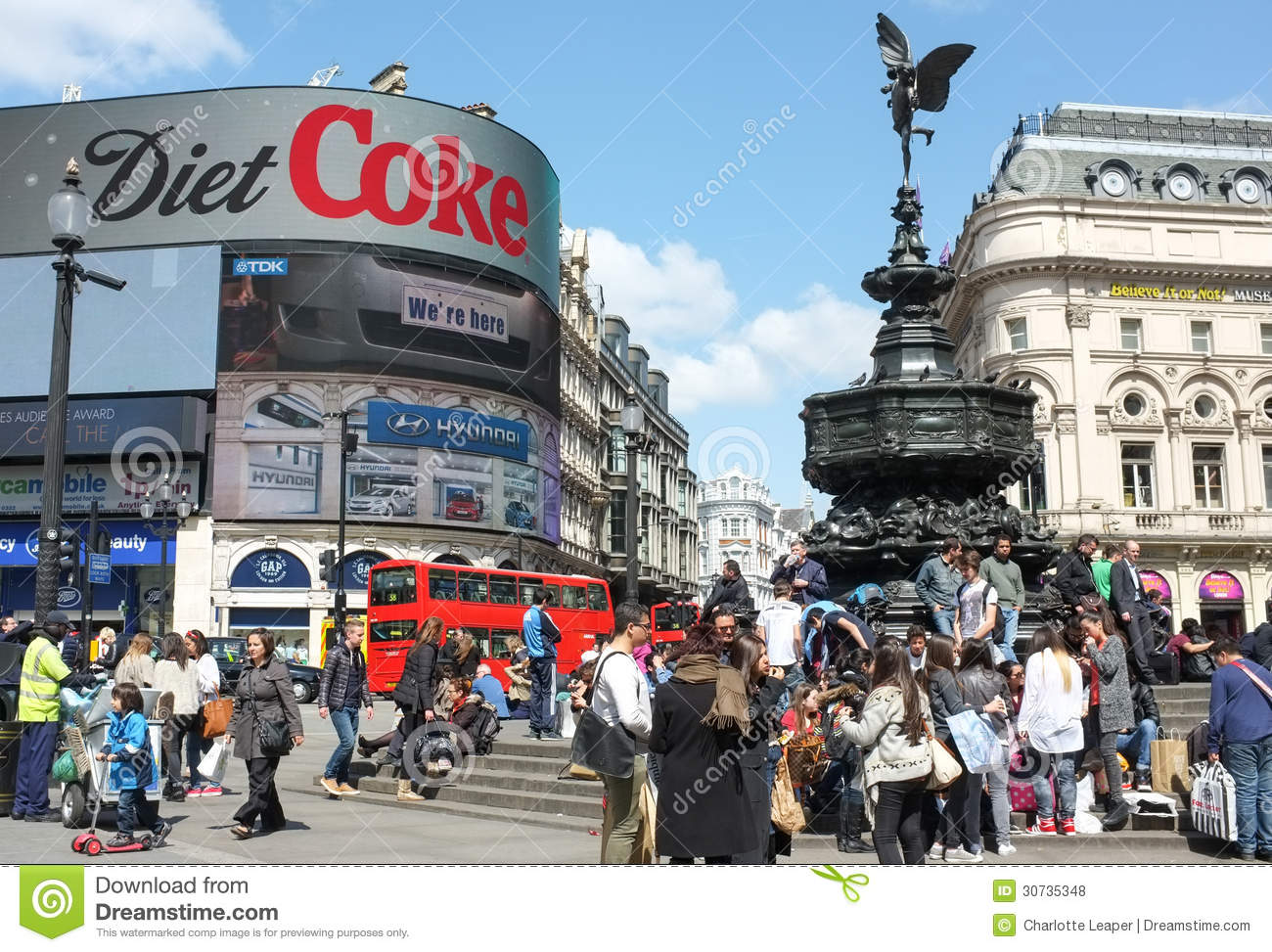 eros statue  piccadilly circus  london editorial stock