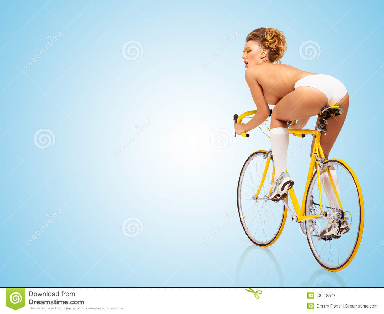 nude-bike-sexy-girl-french-voyeur-site