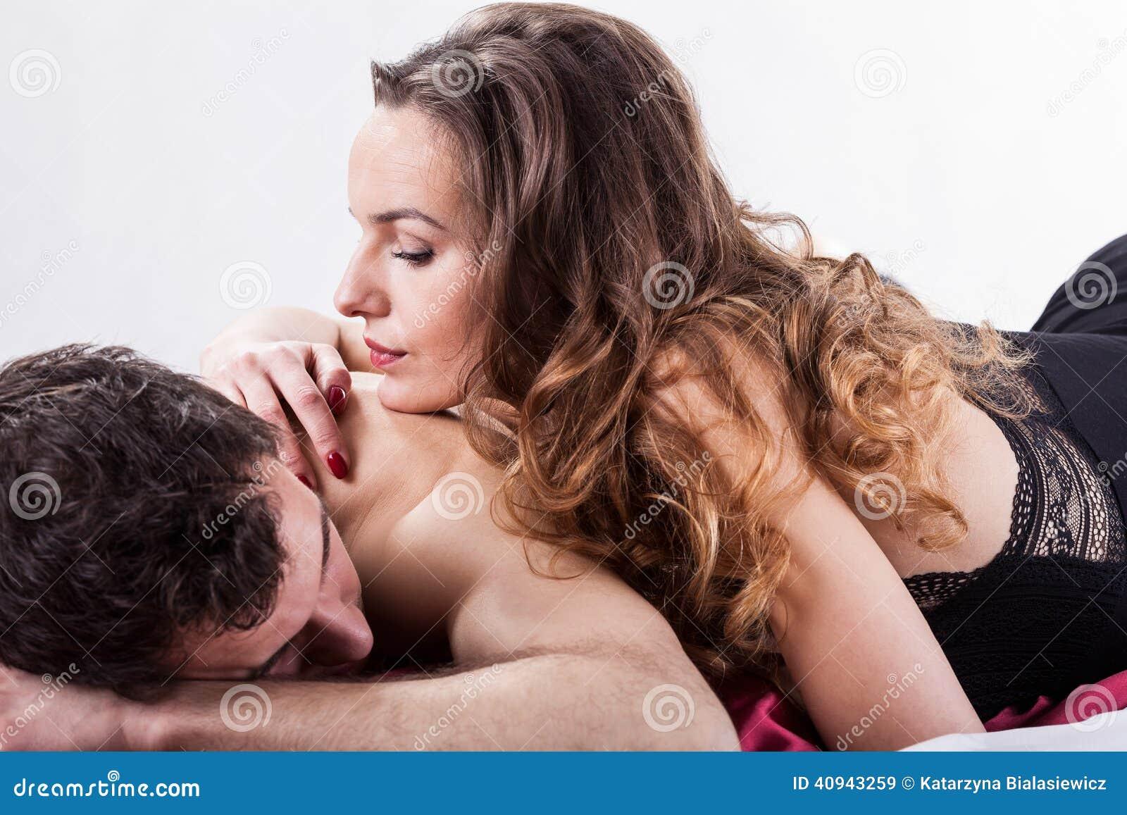 Erotische Momente Im Schlafzimmer Stockbild - Bild von geliebte ...