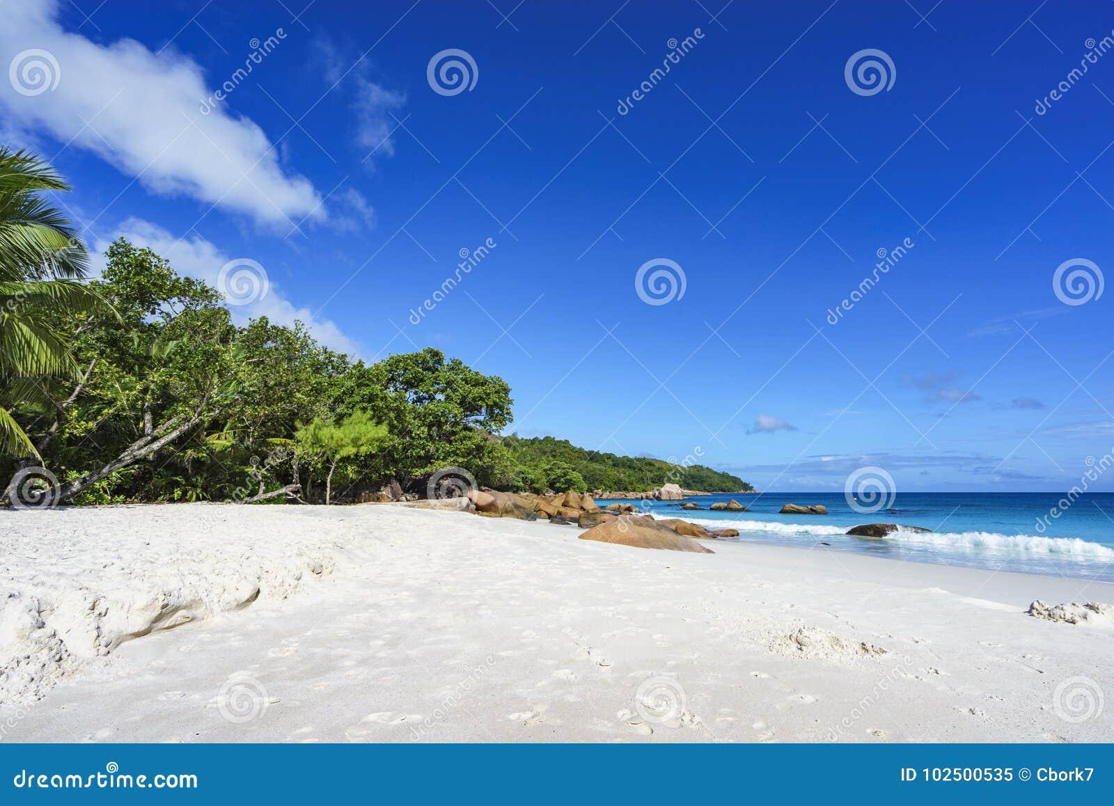 Erstaunlicher Paradiesstrand am anse Lazio, praslin, Seychellen 66