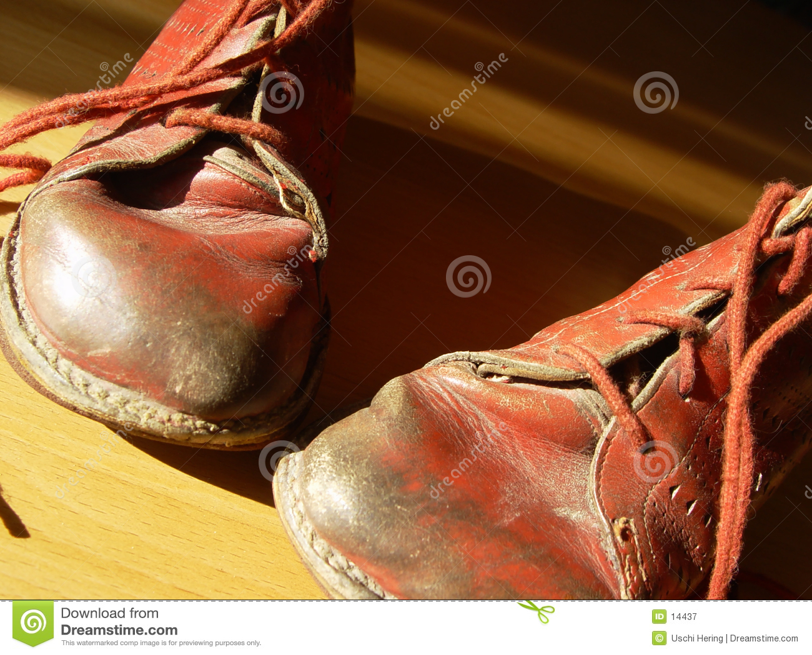 Erste Schuhe