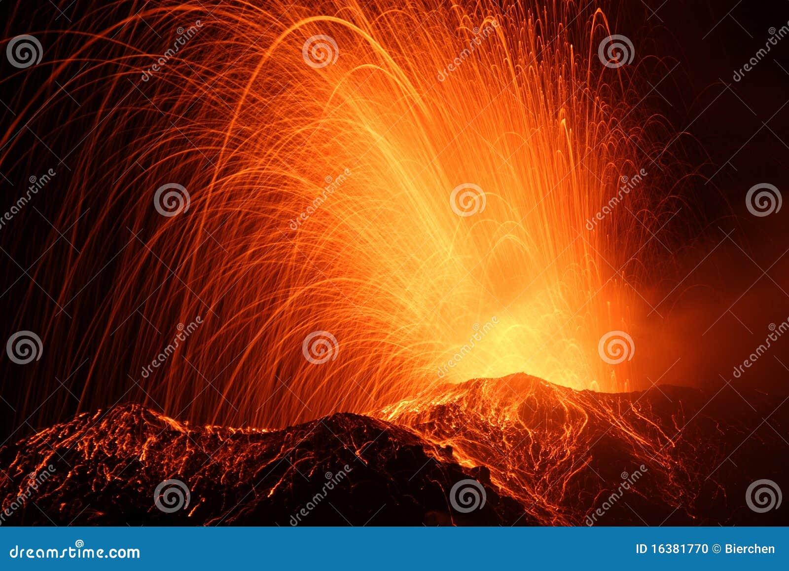 Eruption des Vulkan stromboli
