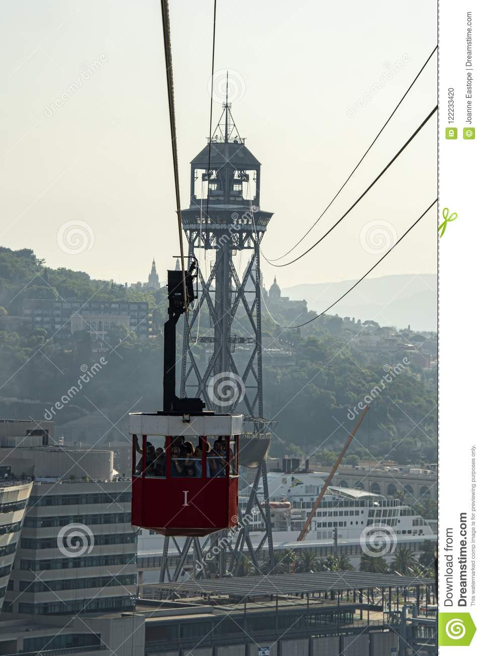 Loaded cable car coming in to Station