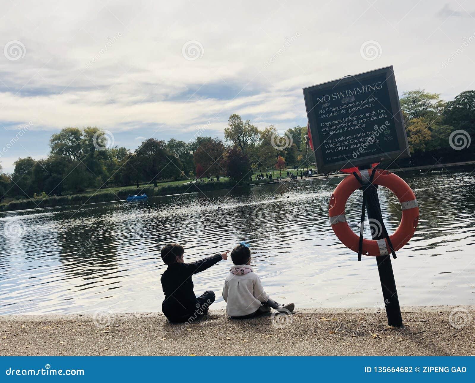 Esboce o future— — Hyde Park