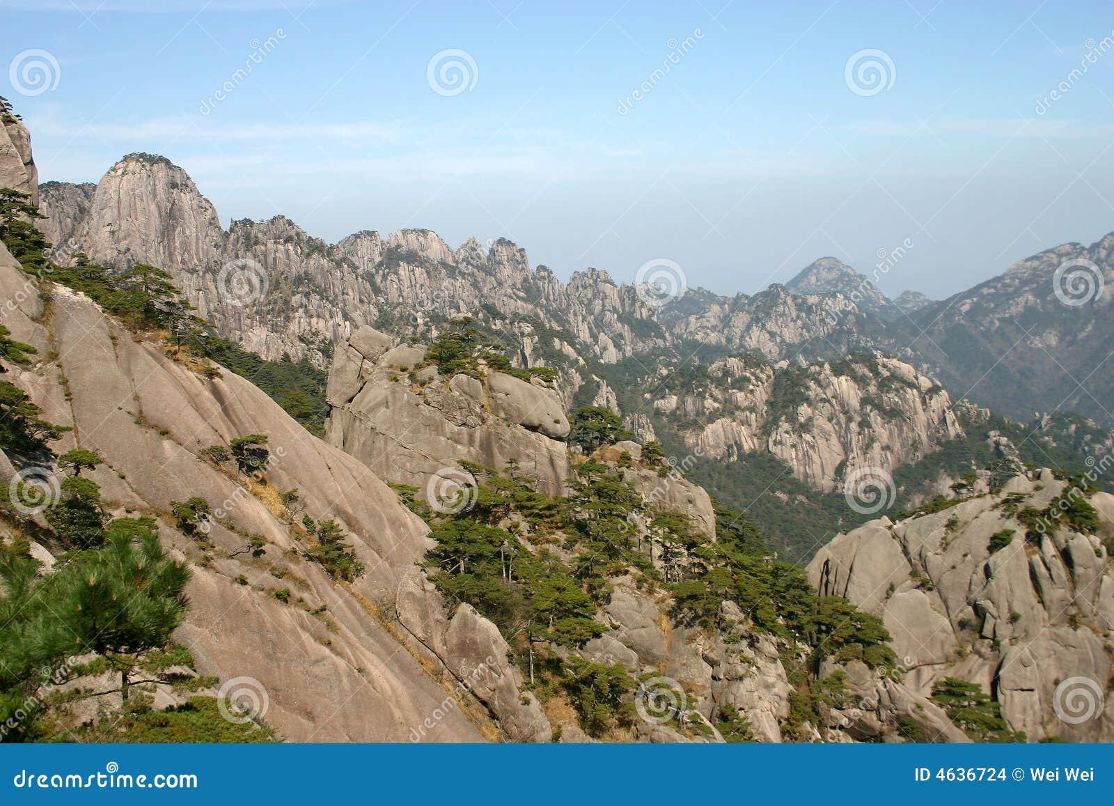 Escala de montanha pitoresca