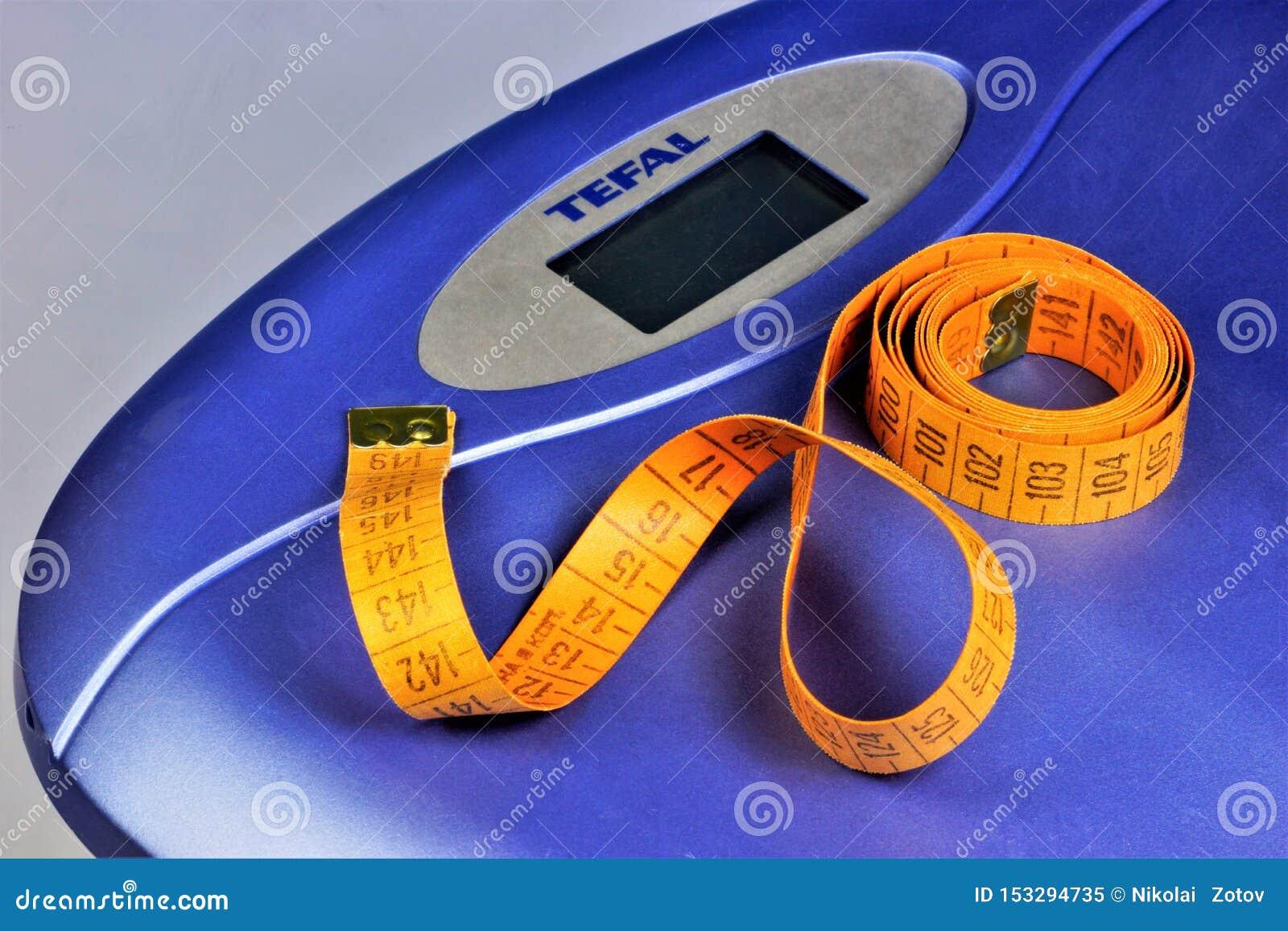 Escalas e figuras do centímetro-controle, peso na aptidão Obesidade, gestão do peso e comer saudável A figura atrativa é