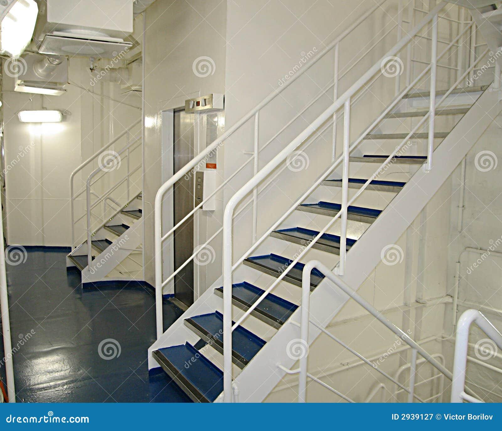 Escalera blanca - Escaleras blancas ...