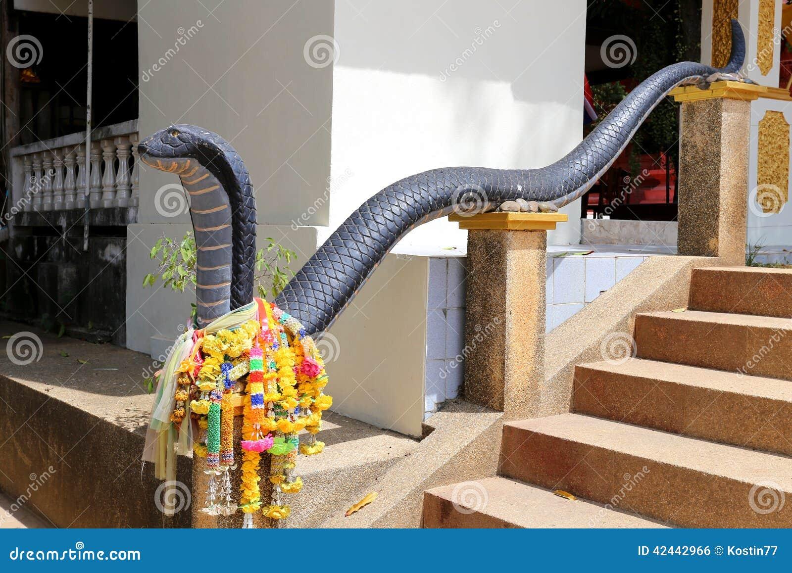 Escalera con las cobras