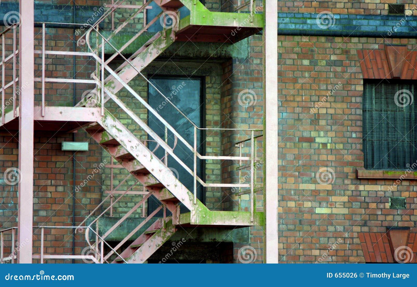 Escalera del escape