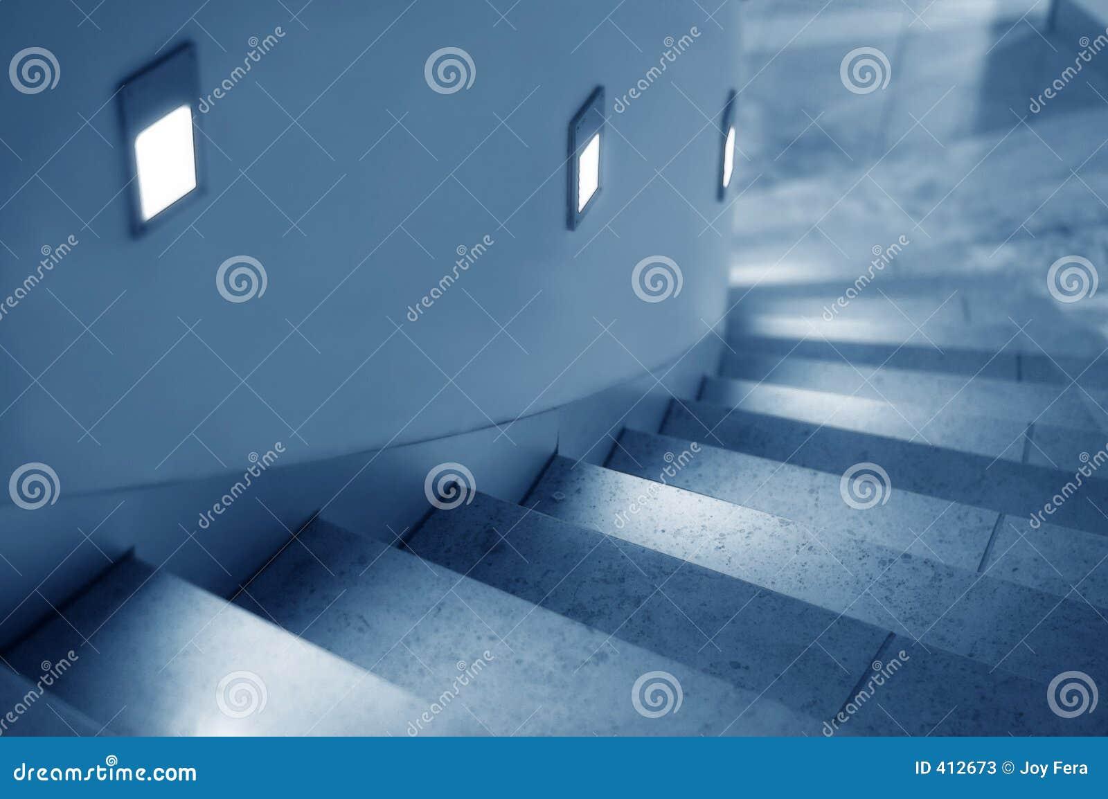 Escalera encendida