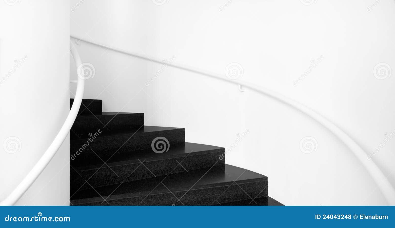 Escaleras arriba y abajo de blanco y negro foto de for Escaleras de granito precios