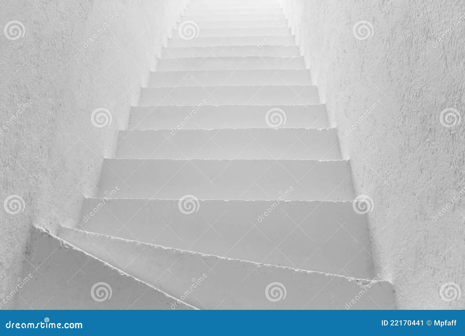 Escaleras blancas imagen de archivo imagen 22170441 - Escaleras blancas ...