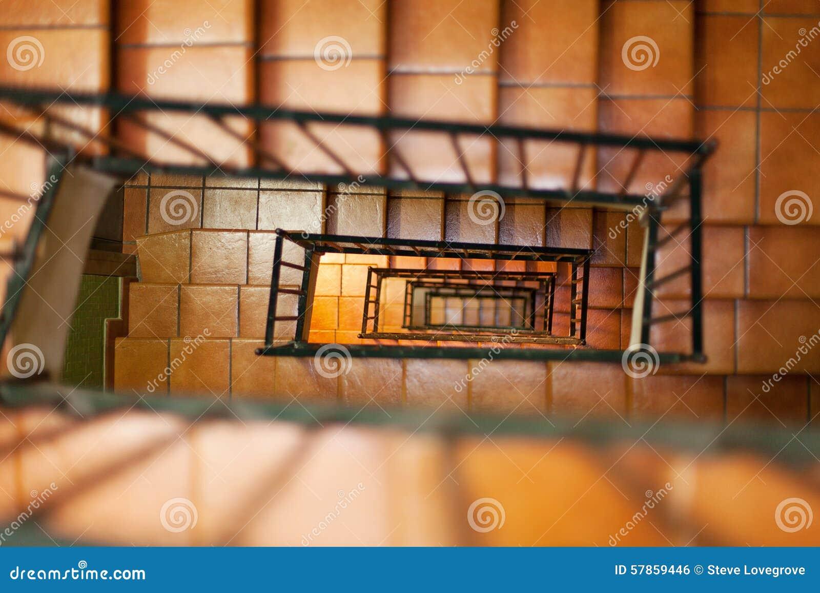 escaleras internas foto de archivo