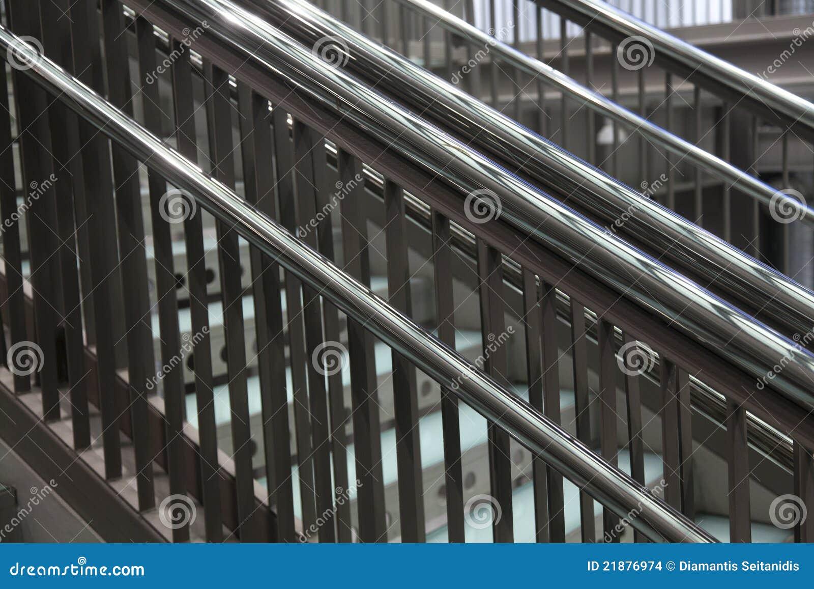 Escaleras met licas modernas imagenes de archivo imagen for Escaleras metalicas modernas