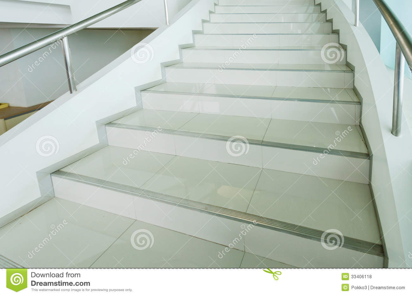 Escaleras modernas - Escaleras blancas ...