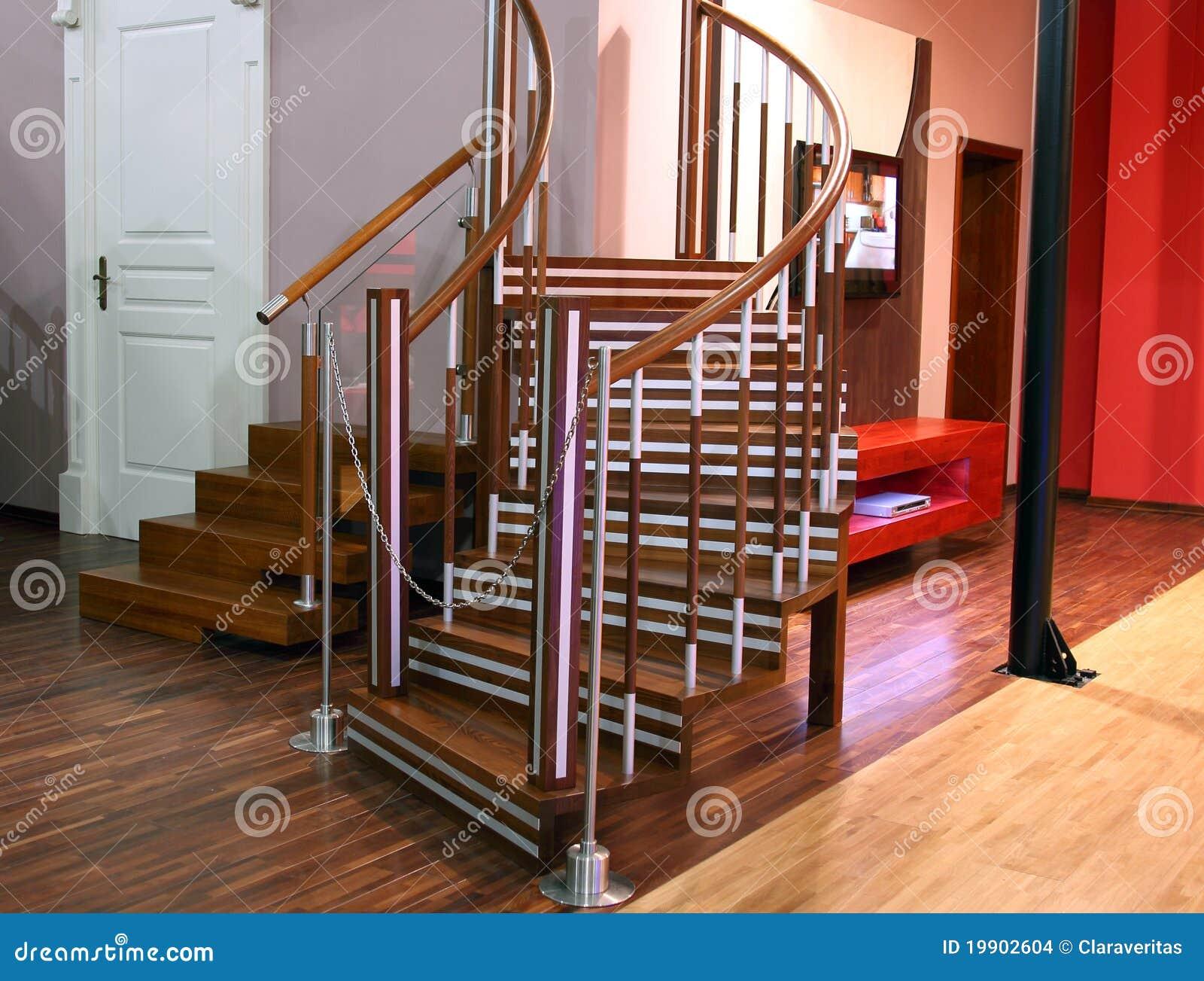 Escaleras modernas para la sala de estar foto de archivo for Salas con escaleras