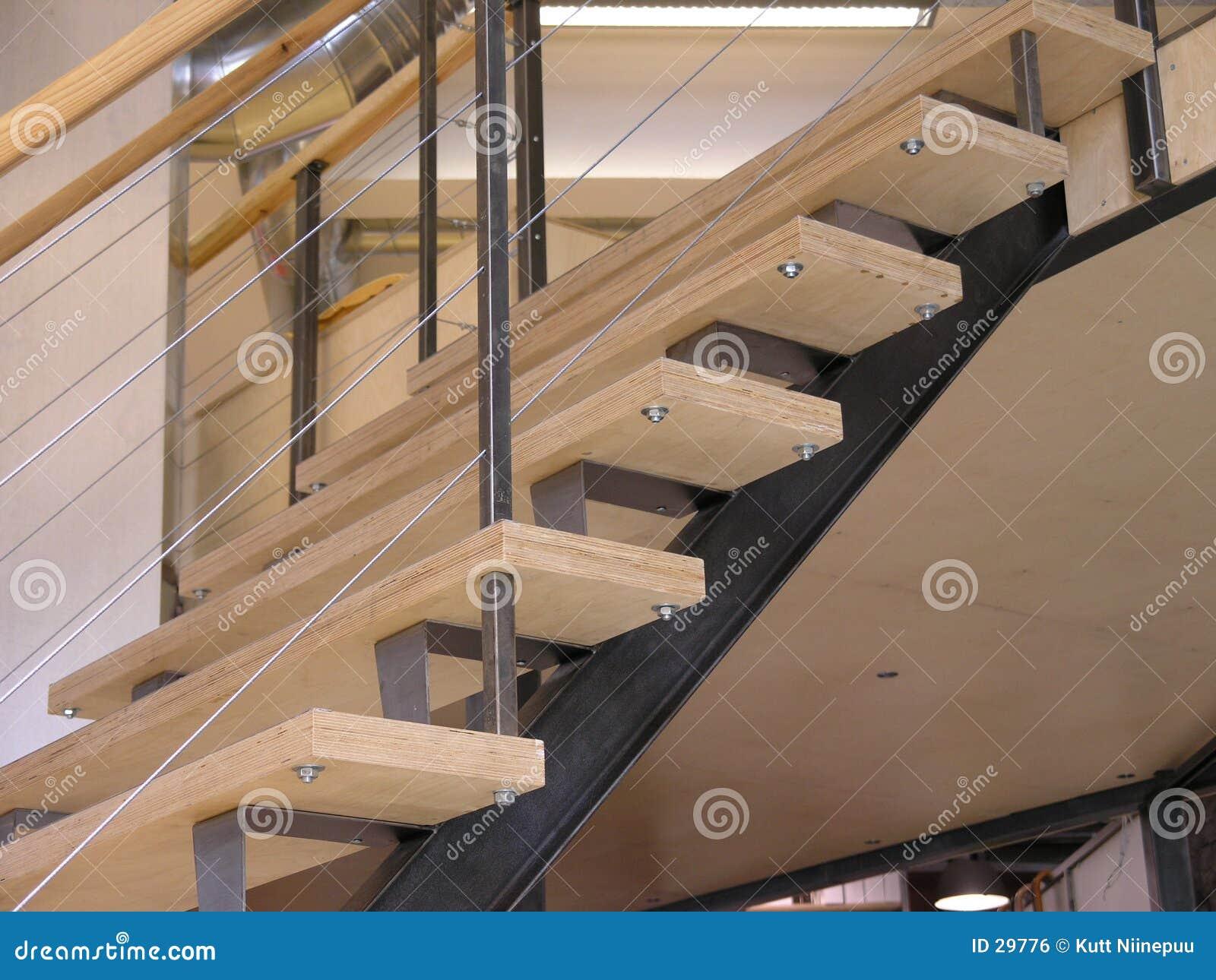 Escaleras para arriba foto de archivo imagen de chapeado for Como hacer una escalera de hierro para interior