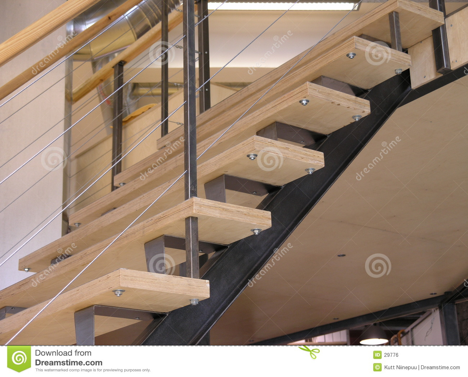 Escaleras para arriba imagen de archivo libre de regal as - Disenos de escaleras interiores fotos ...