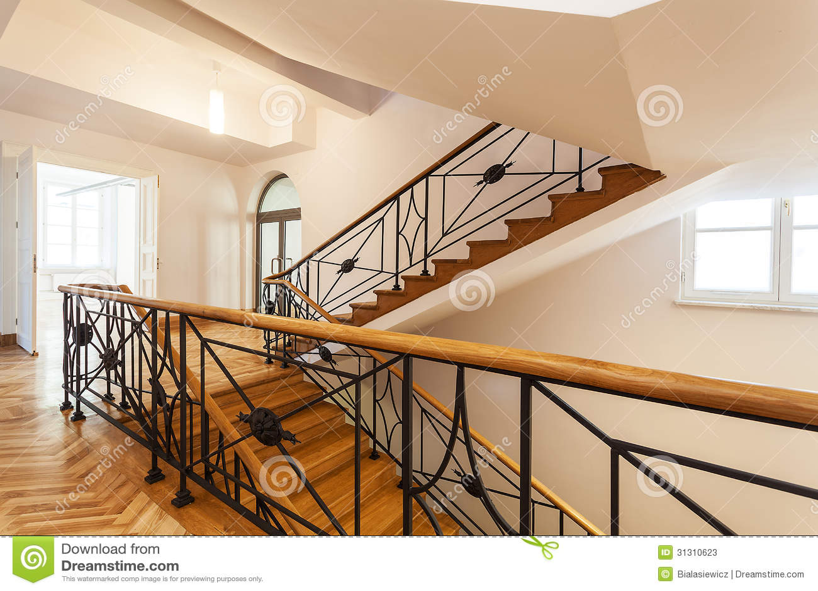 escalier de luxe dans un palais photos stock image 31310623. Black Bedroom Furniture Sets. Home Design Ideas