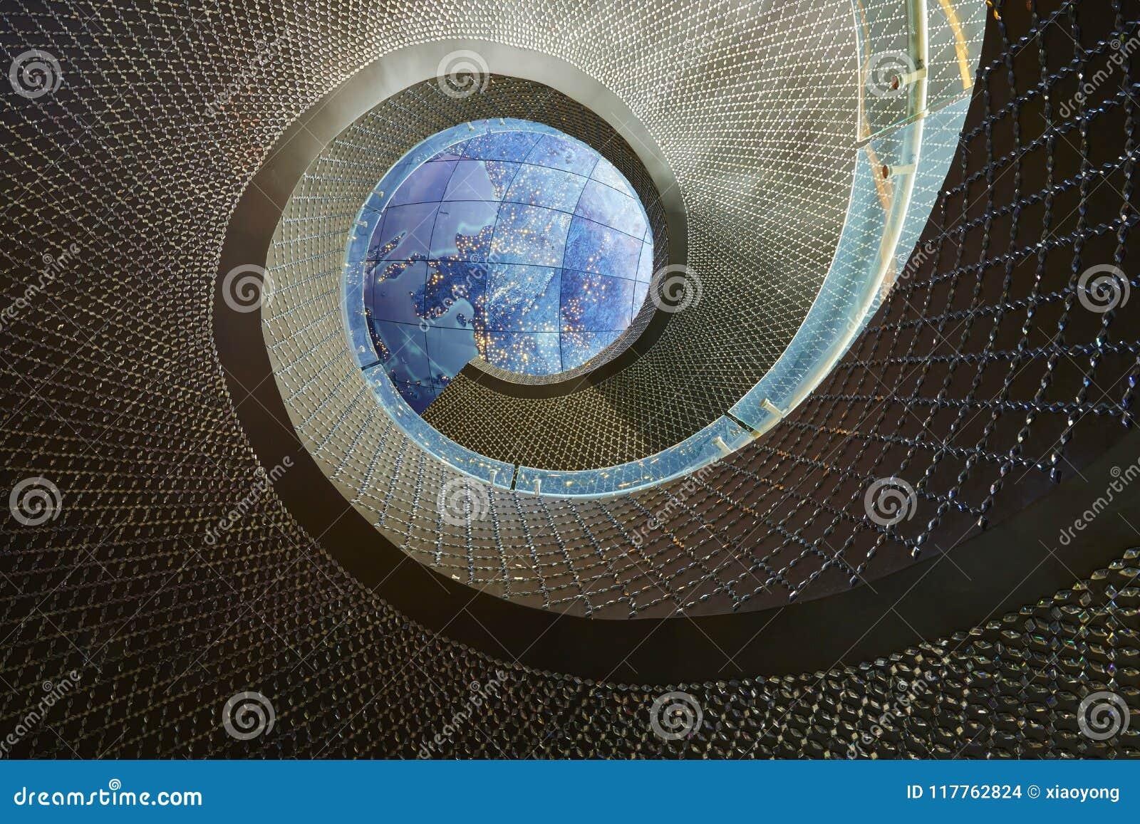Escalier de rotation à la galaxie