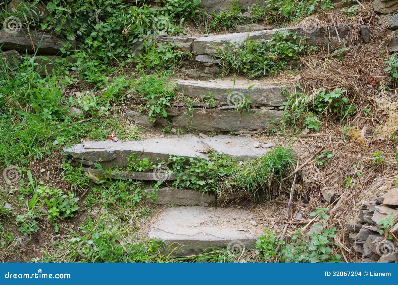 escalier en pierre naturel photo stock image du ext rieur 32067294. Black Bedroom Furniture Sets. Home Design Ideas