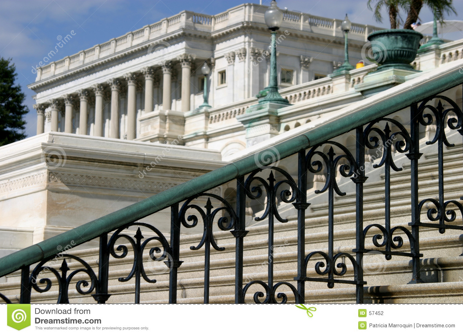 Download Escaliers au capitol photo stock. Image du politics, travaillé - 57452