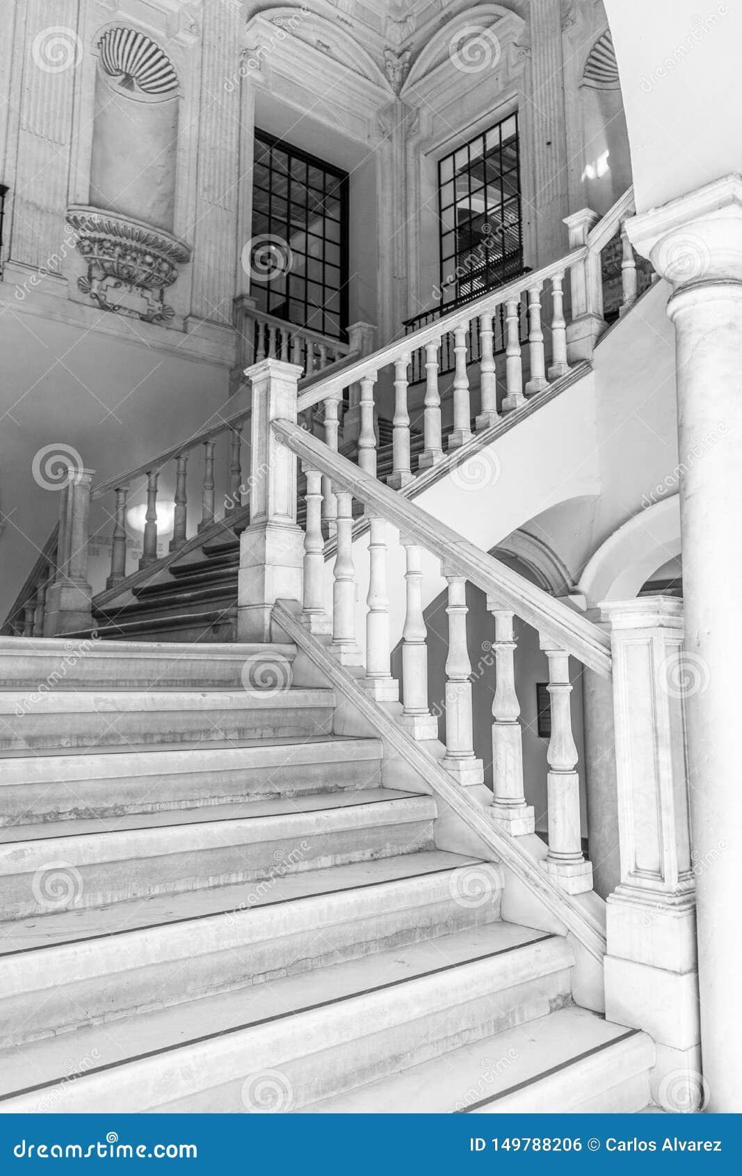 Escaliers de marbre I