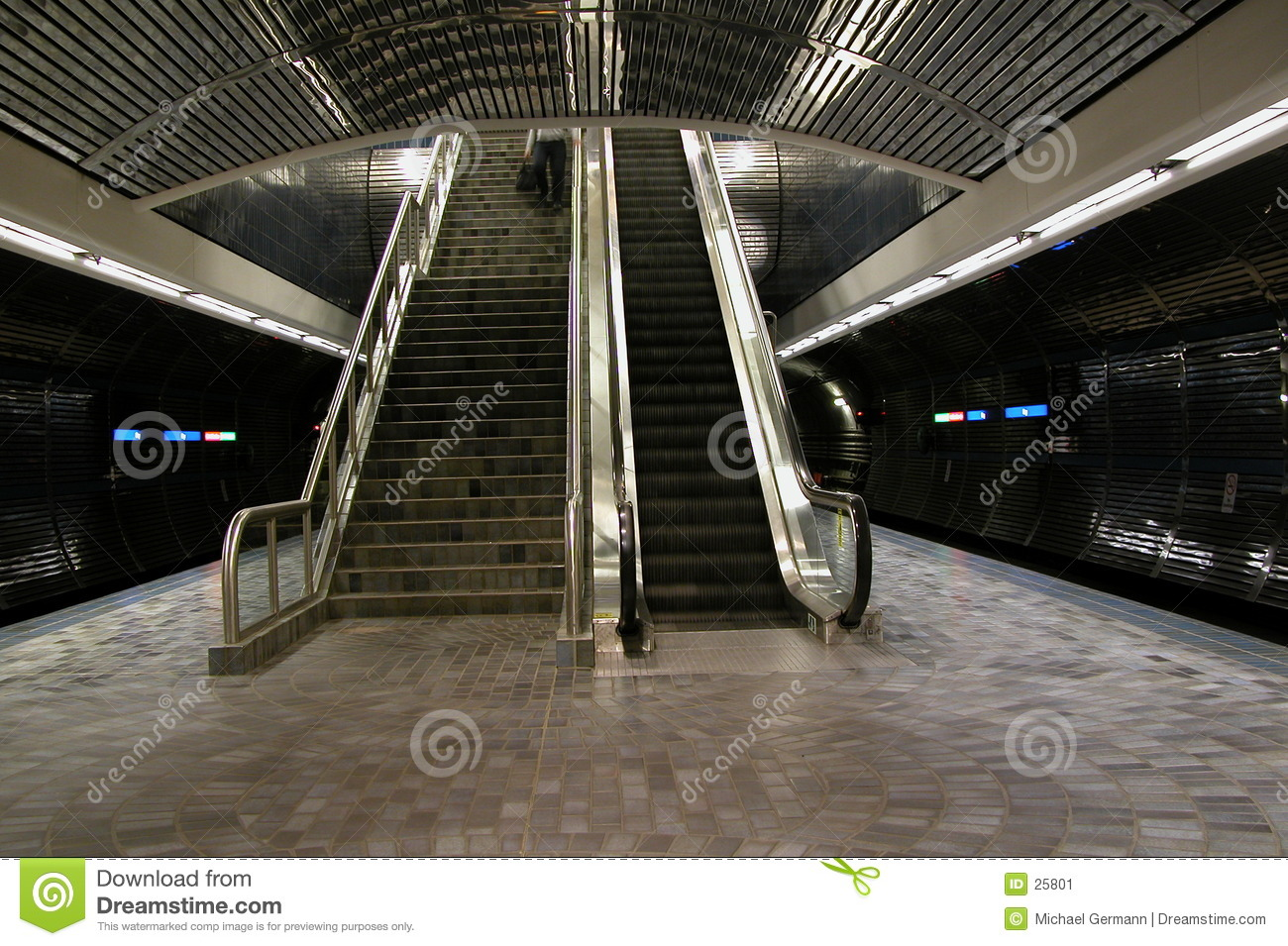 Escaliers et escalator