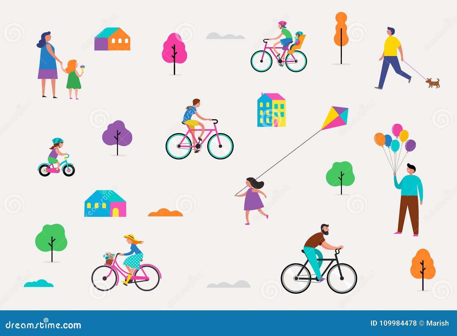 Escena al aire libre del verano con vacaciones de familia activas, ejemplo de las actividades del parque con los niños, pares y f