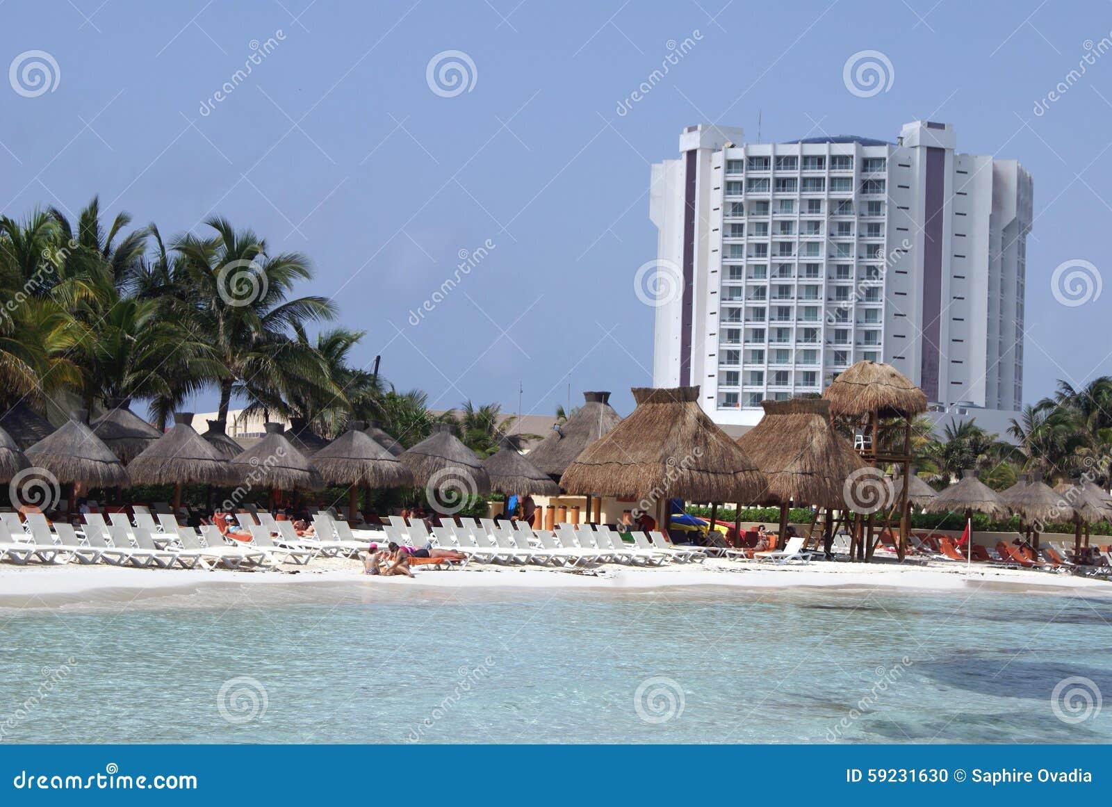 Download Escena Al Aire Libre Tropical En México Foto de archivo - Imagen de cancun, antiguo: 59231630