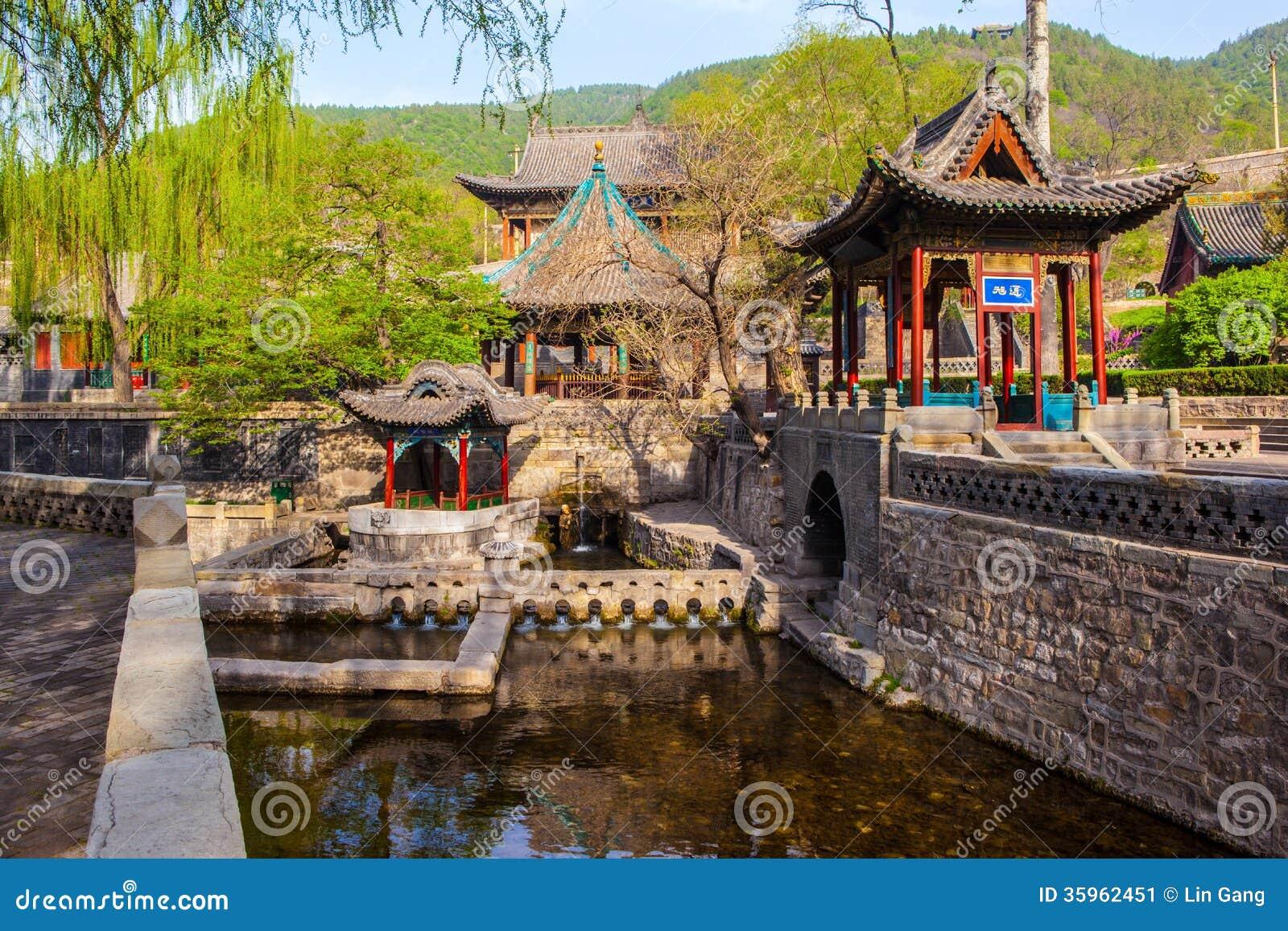 Escena conmemorativa del templo de Jinci (museo). Primavera de Nanlao.