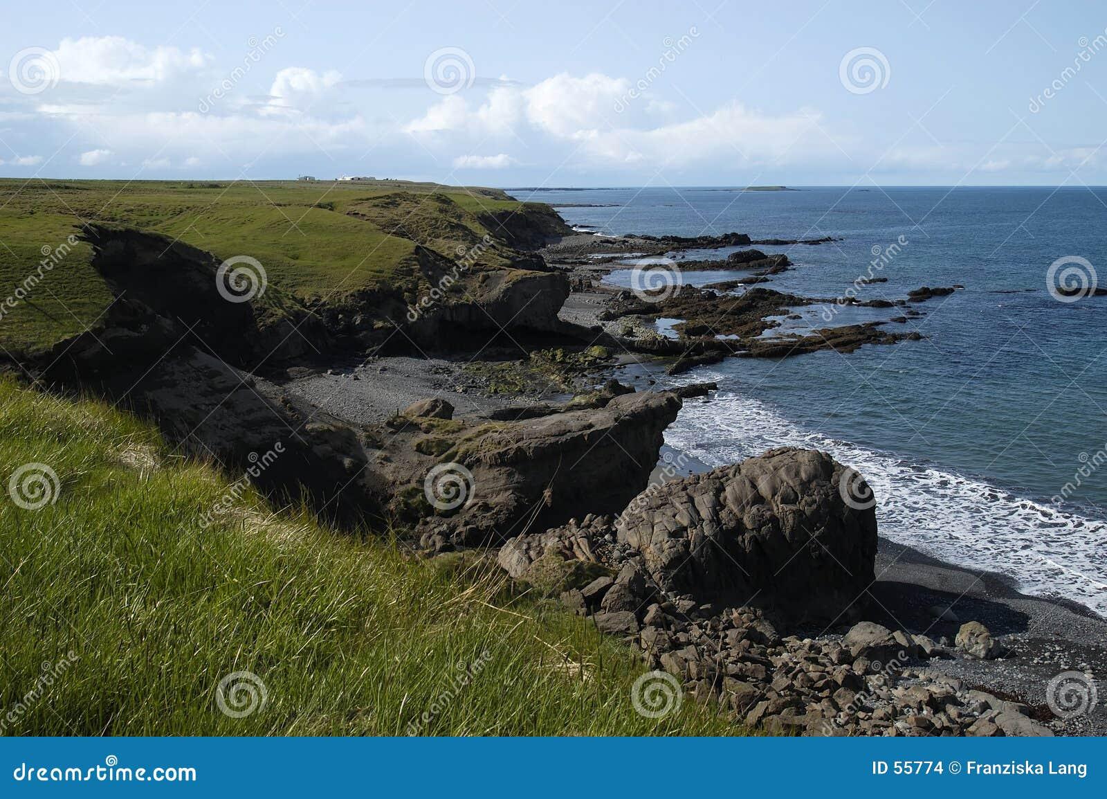 Escena costera (Islandia)