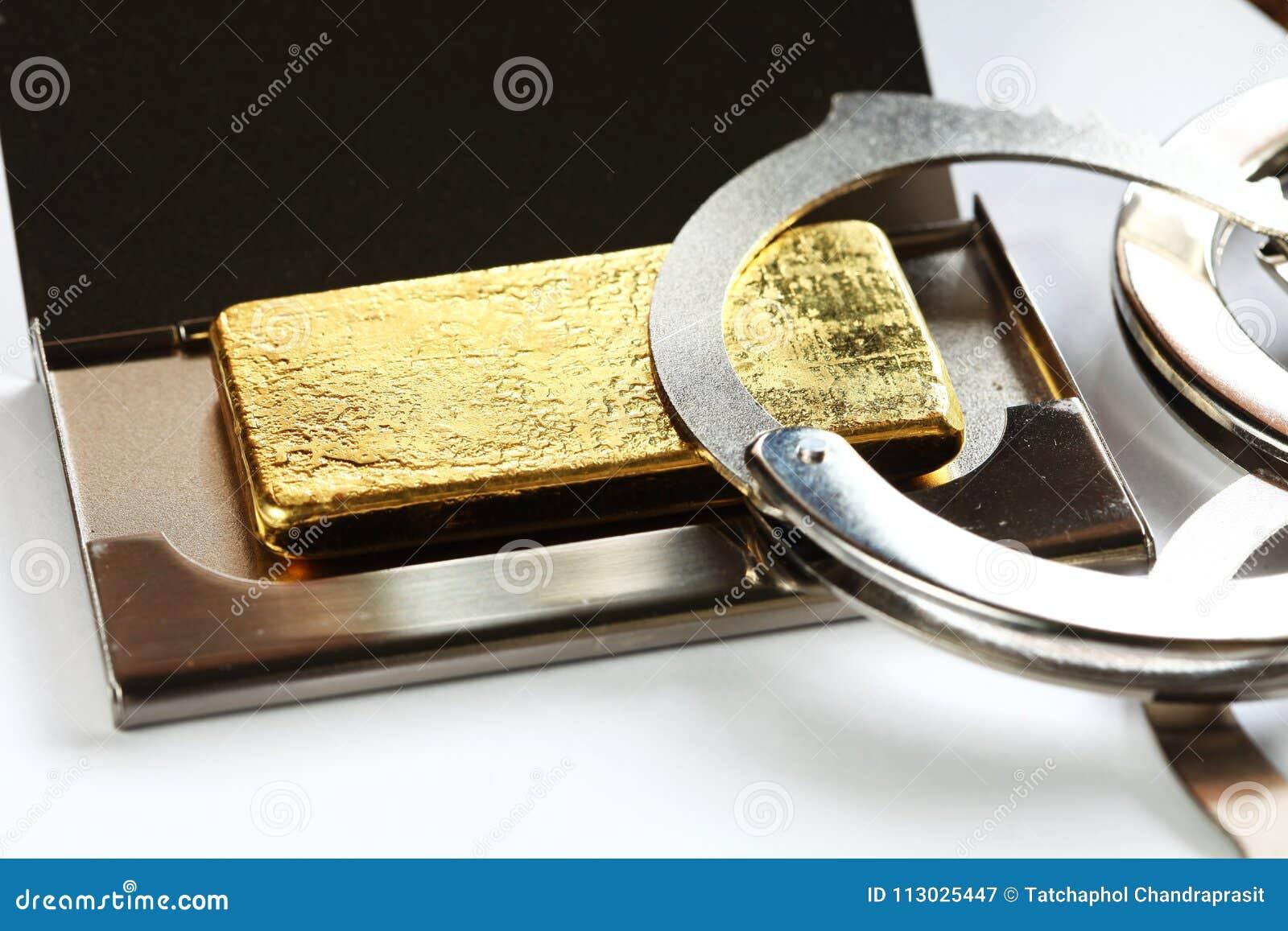 Escena de la barra de oro