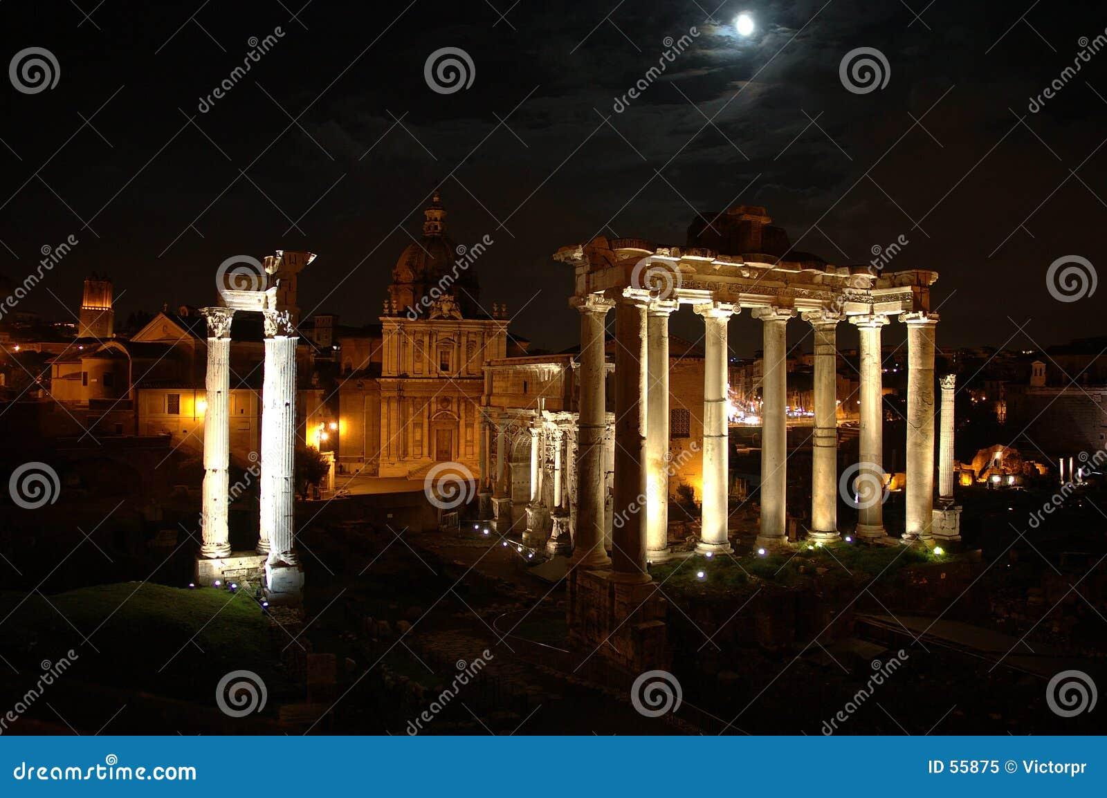 Escena de la noche en Roma