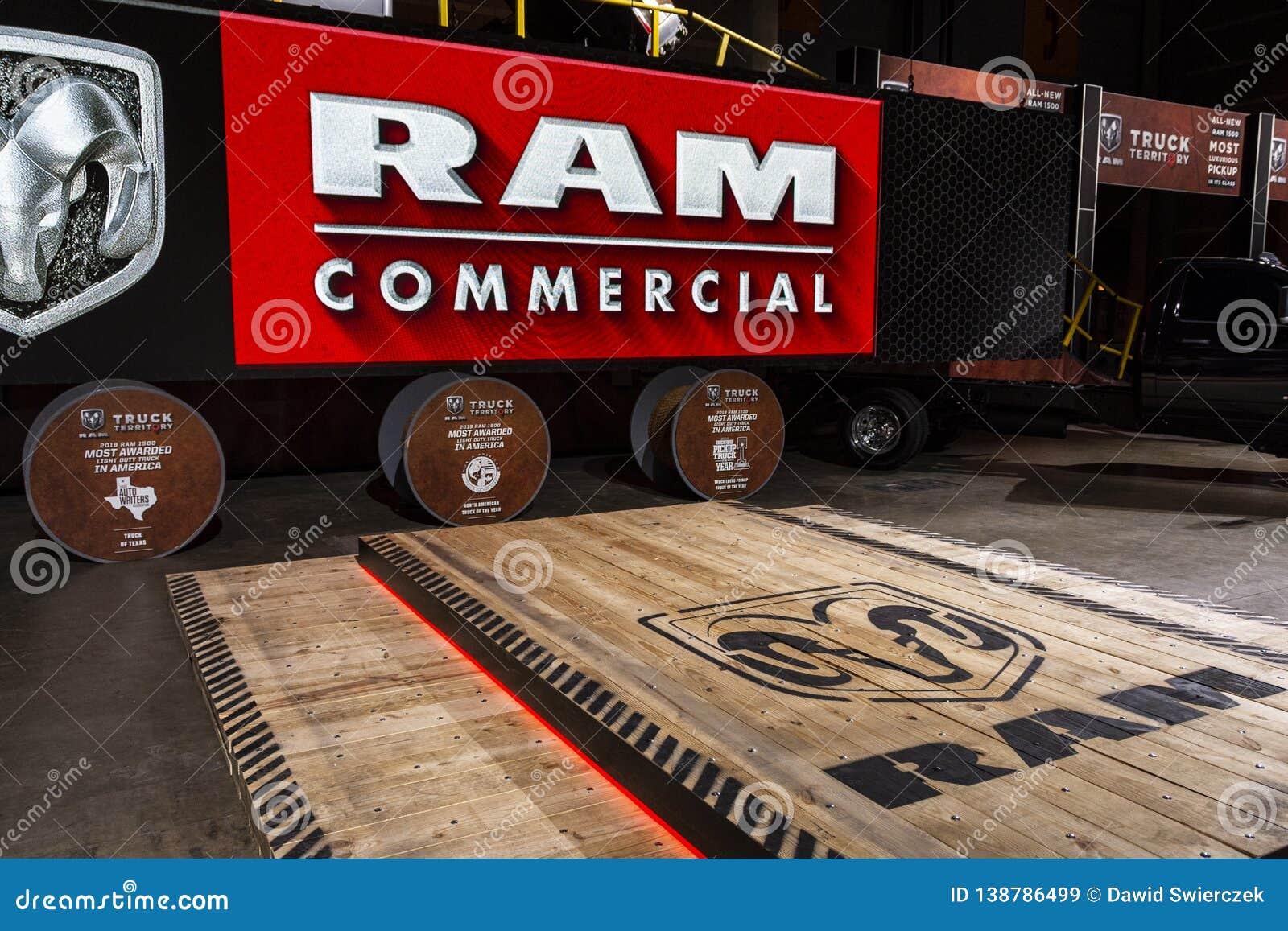 Escena de la presentación de RAM en el salón del automóvil 2019 de Chicago