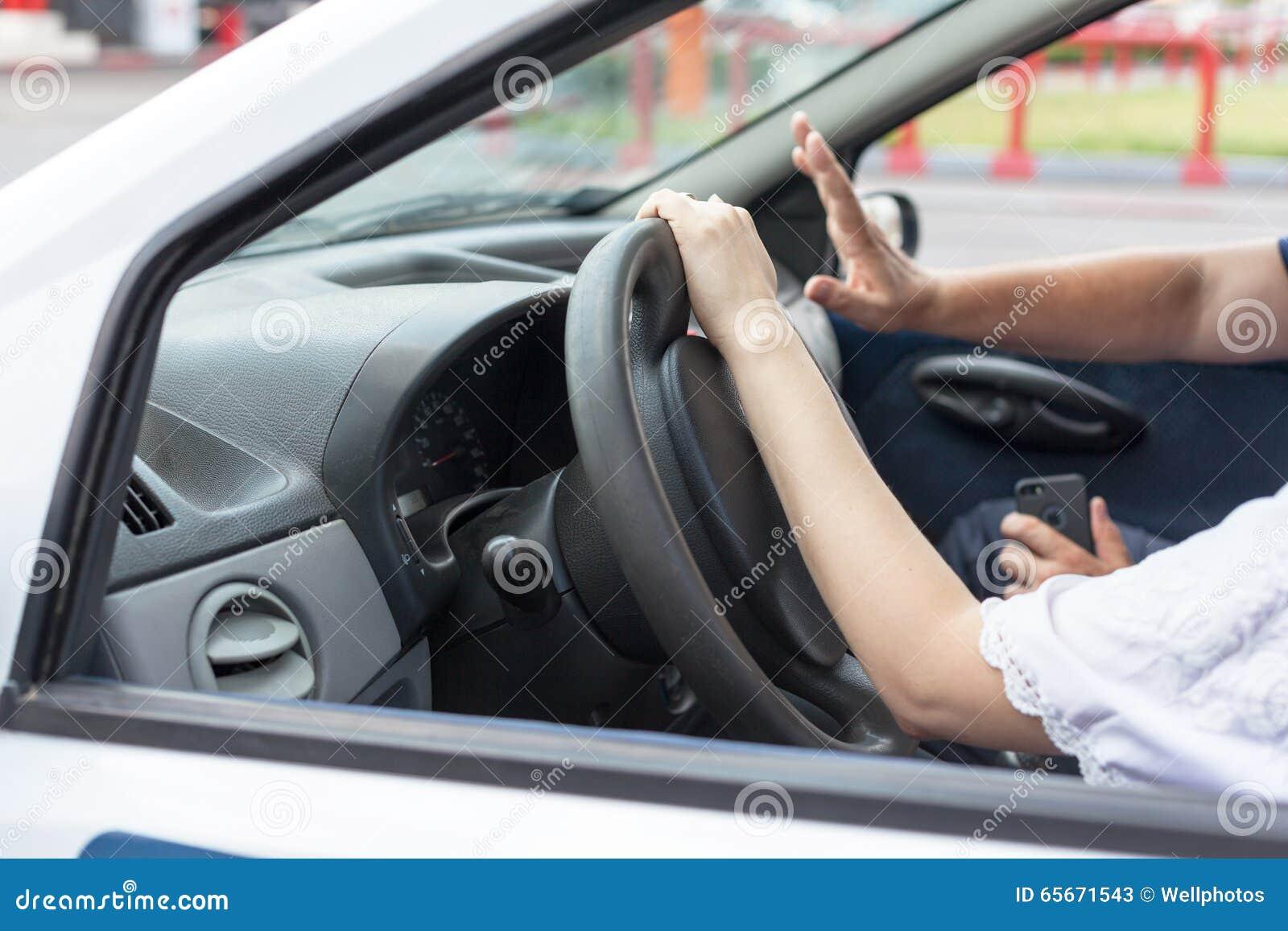 Escola de condução Aprendizagem conduzir um carro