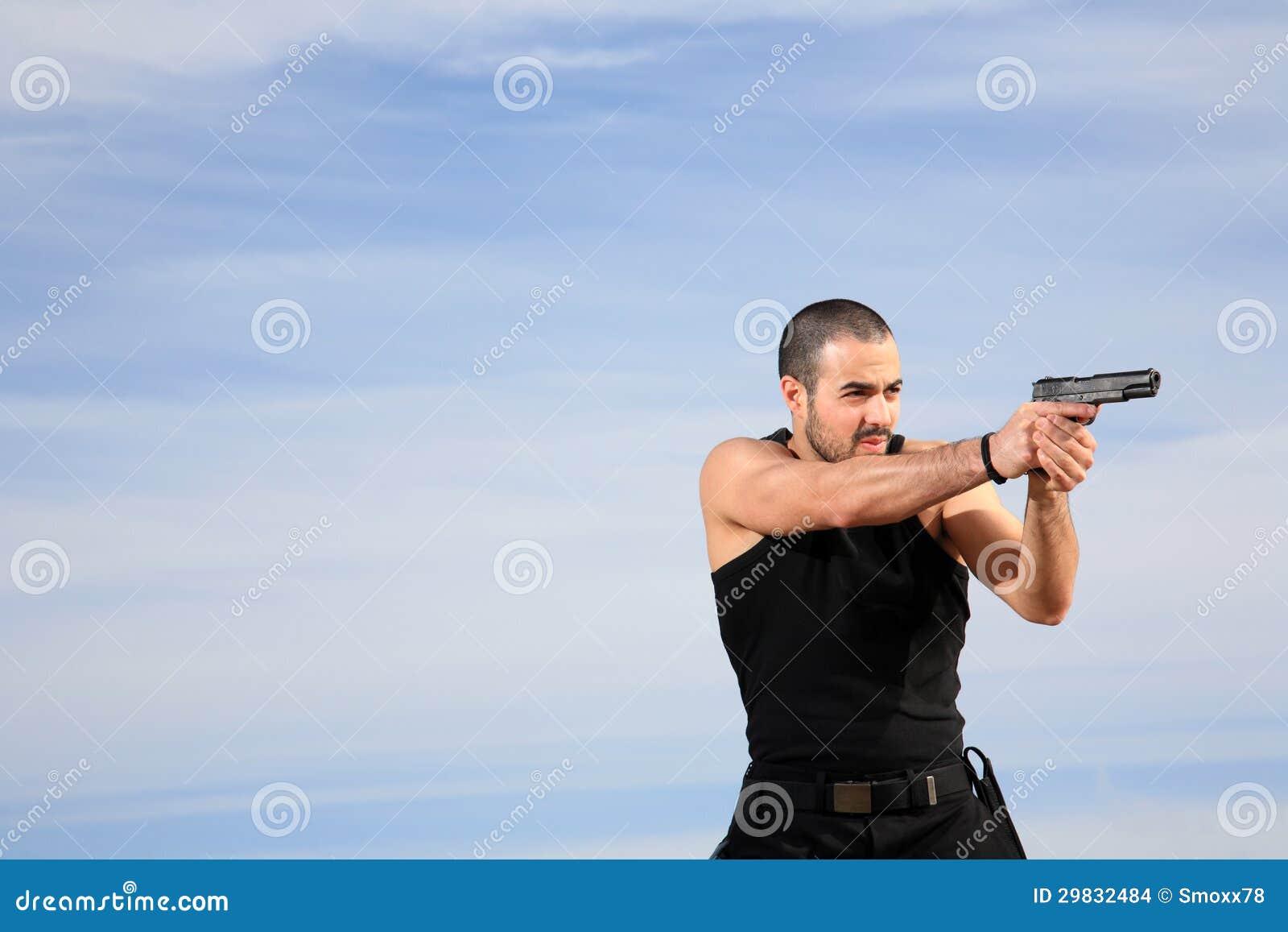 Homem com uma arma
