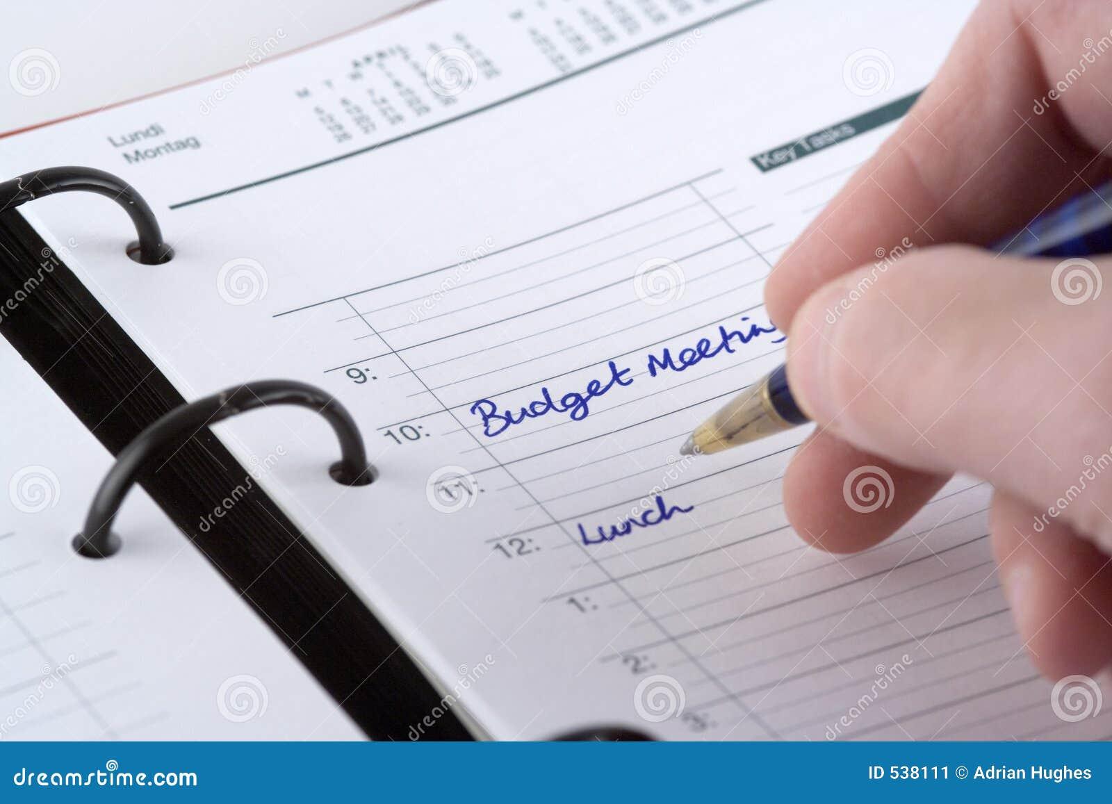 Escrevendo as nomeações do dia