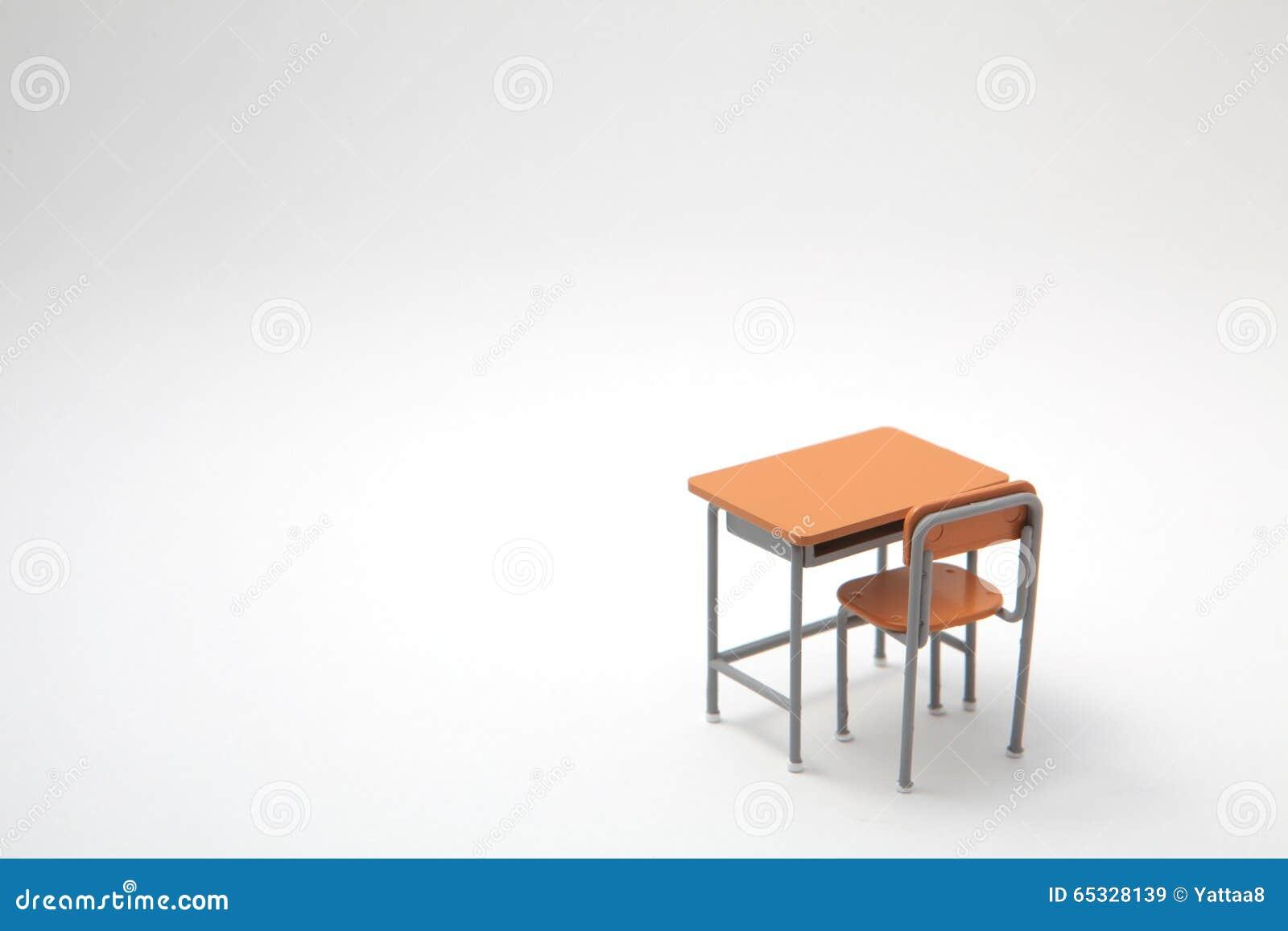 Escritorio de aprendizaje miniatura