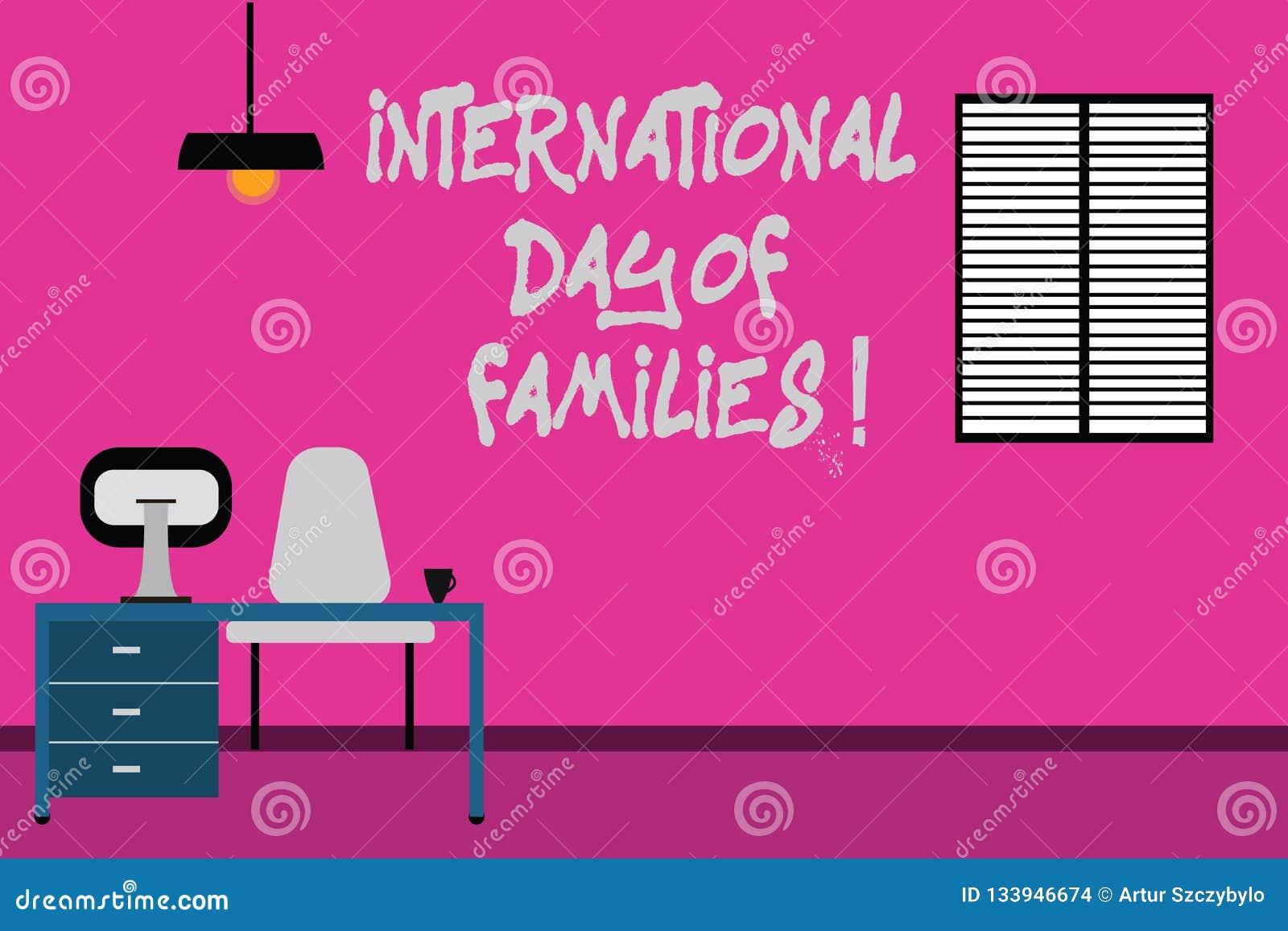 Escritura de la nota que muestra el día internacional de familias Celebración de exhibición de la unidad del tiempo de la familia